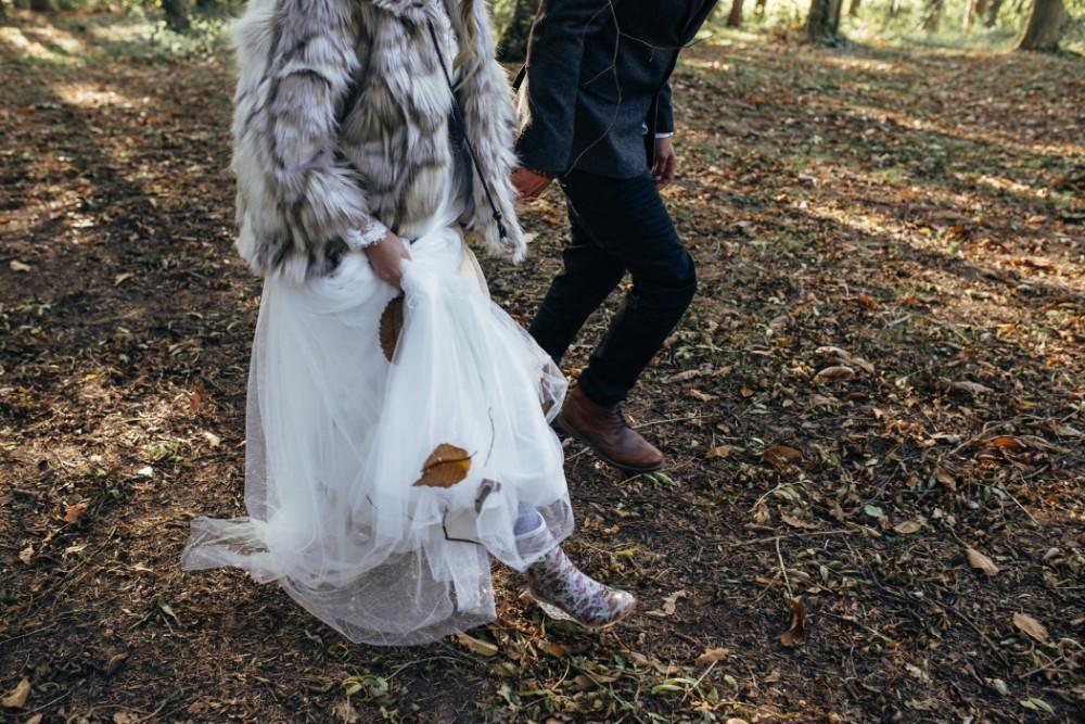 Joe+Lauren Intimate Woodland Handfasting - Naomijanephotography 77.jpg
