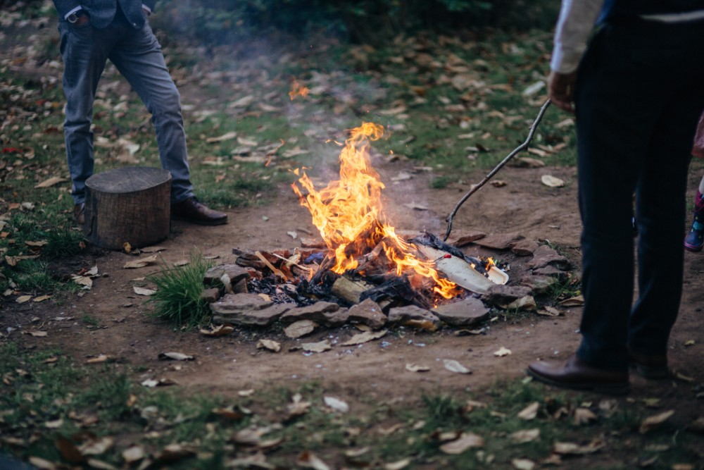 Joe+Lauren Intimate Woodland Handfasting - Naomijanephotography 85.jpg