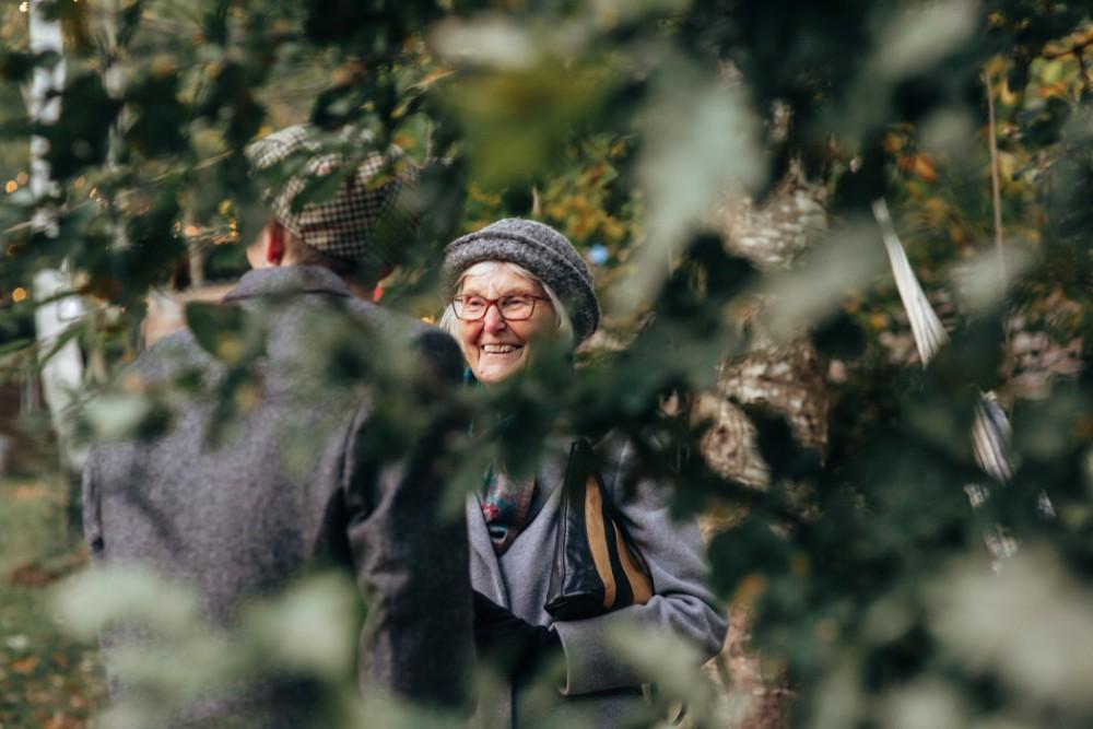 Joe+Lauren Intimate Woodland Handfasting - Naomijanephotography 90.jpg