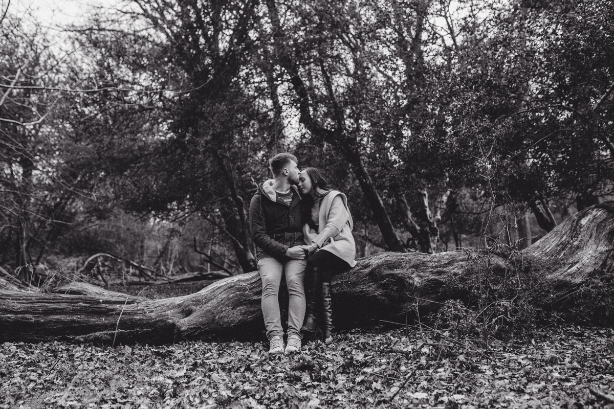 Yasmin + Owen New Forest Pre-Wedding LO Naomijanephotography-10.jpg