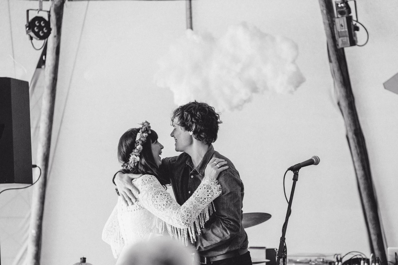 Lizzy + Jack RocknRoll Festival Wedding NaomiJanePhotography-379.jpg