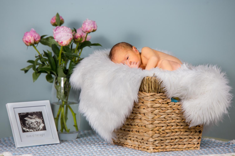 upper-east-side-newborn-photography-1.jpg