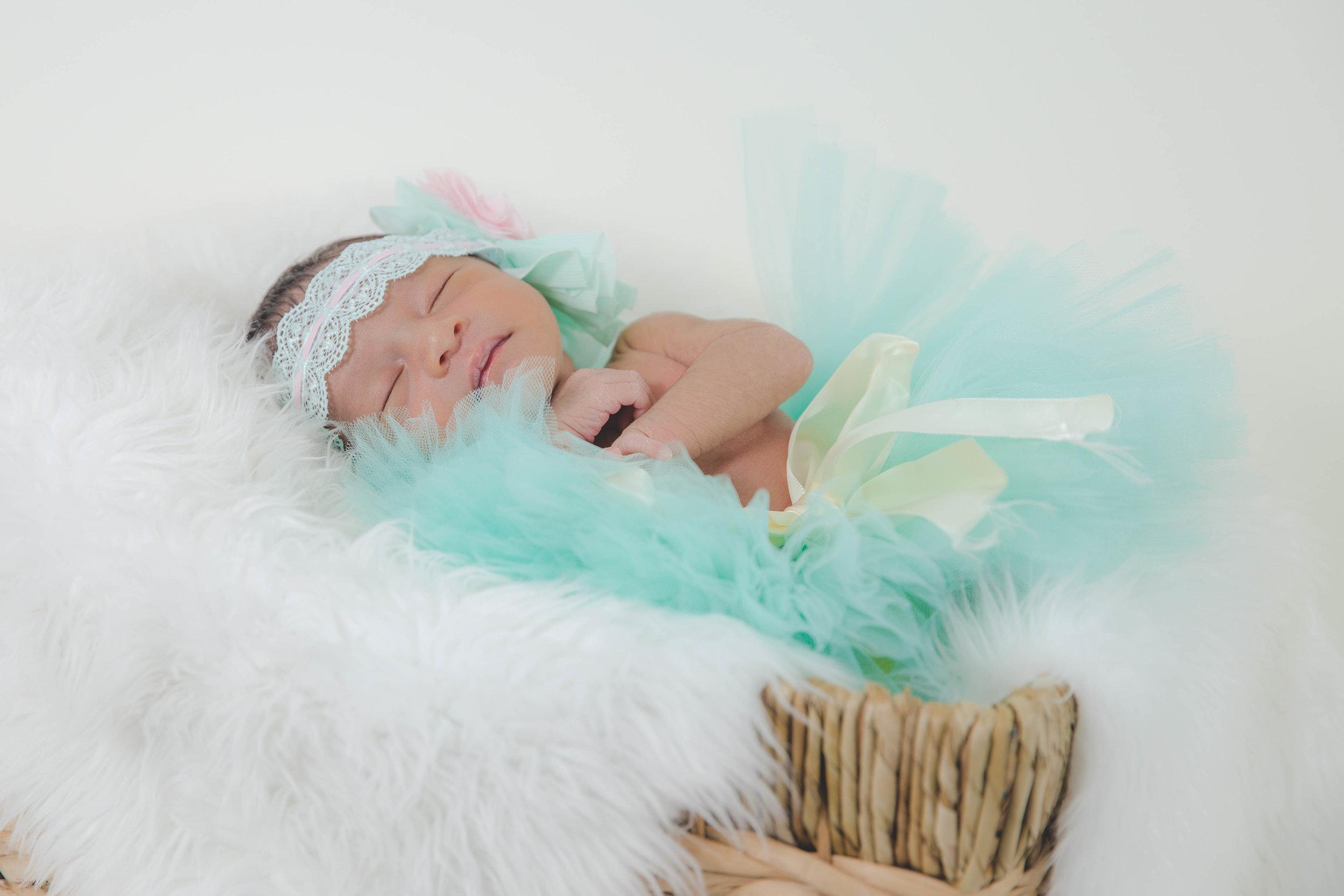 Newborn-photography-nyc-Brooklyn-best-1.jpg