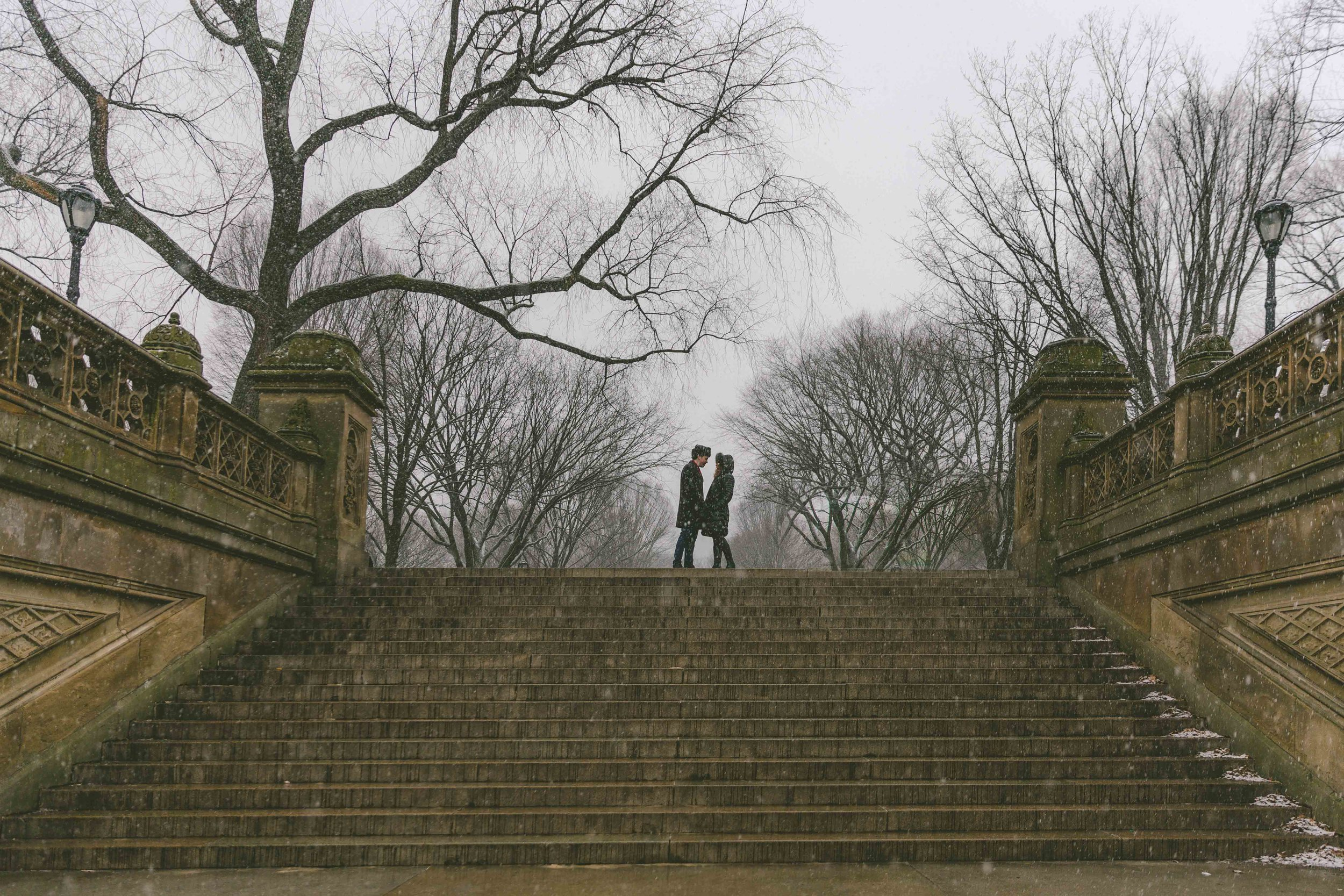 central-park-proposal-engagment-photography-snow-3-2.jpg