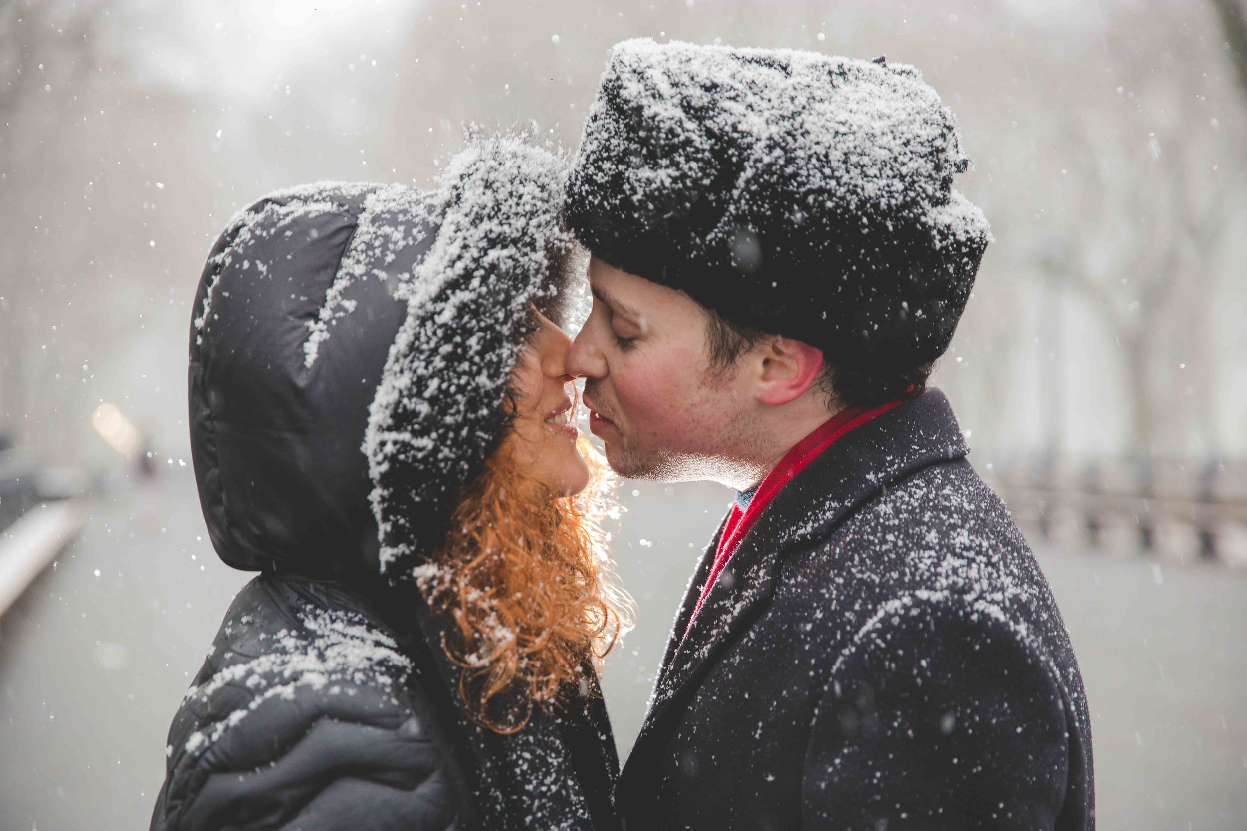 central-park-proposal-engagment-photography-snow-13.jpg
