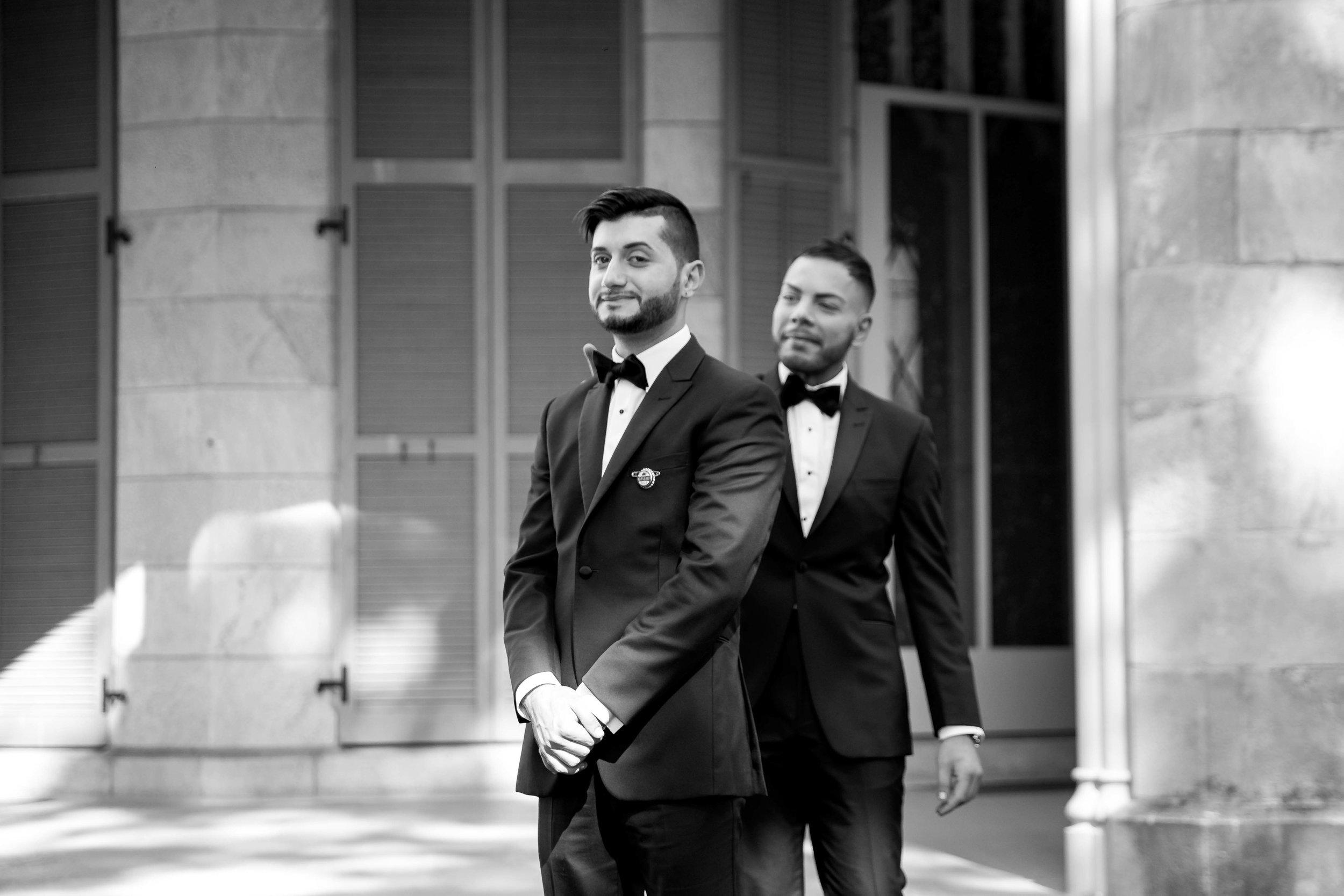 lyndhurst-mansion-amazing-gay-wedding-5.jpg