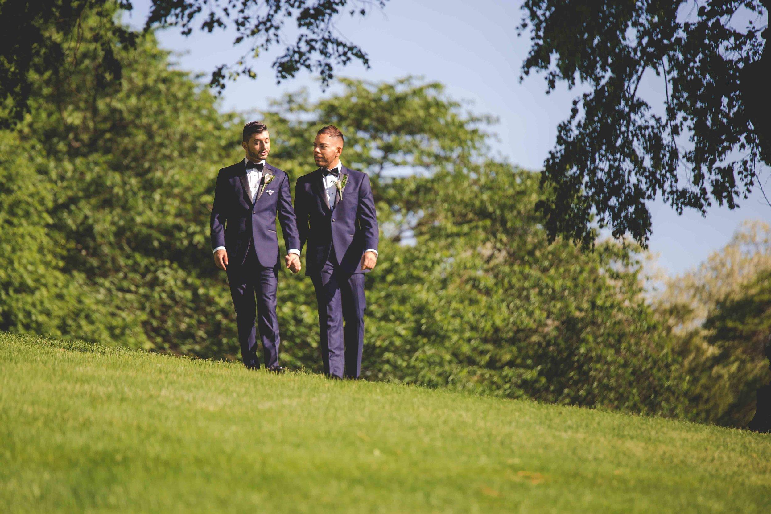 lyndhurst-mansion-amazing-gay-wedding-16.jpg