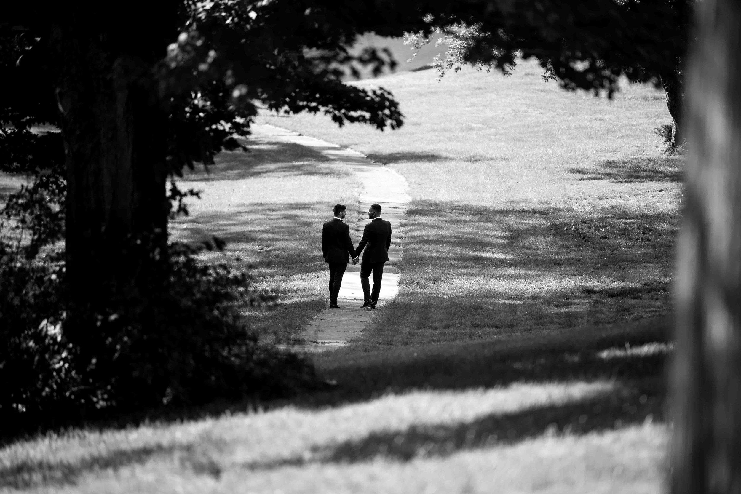 lyndhurst-mansion-amazing-gay-wedding-22.jpg