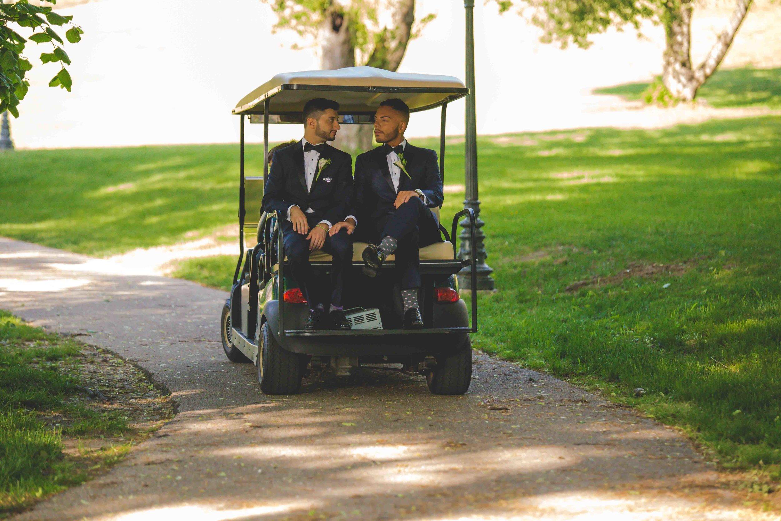 lyndhurst-mansion-amazing-gay-wedding-27.jpg