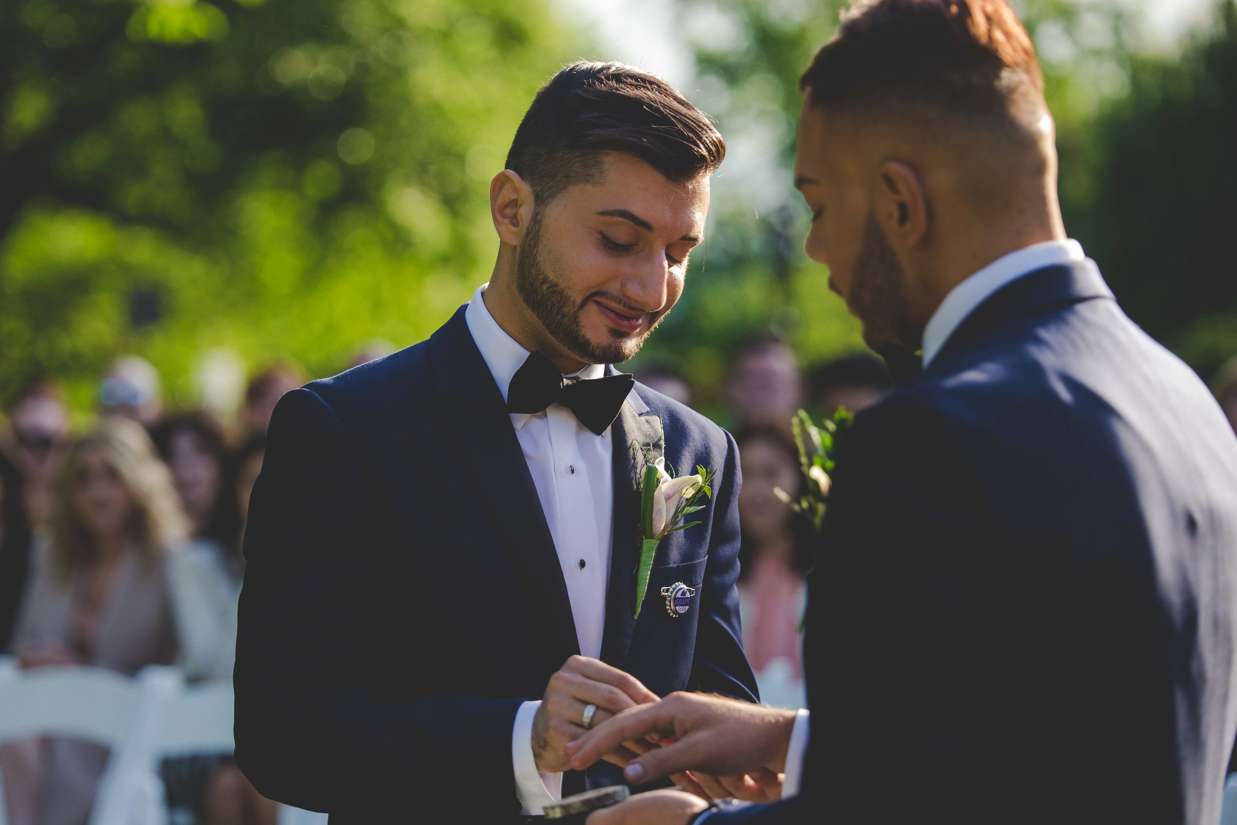 lyndhurst-mansion-amazing-gay-wedding-34.jpg