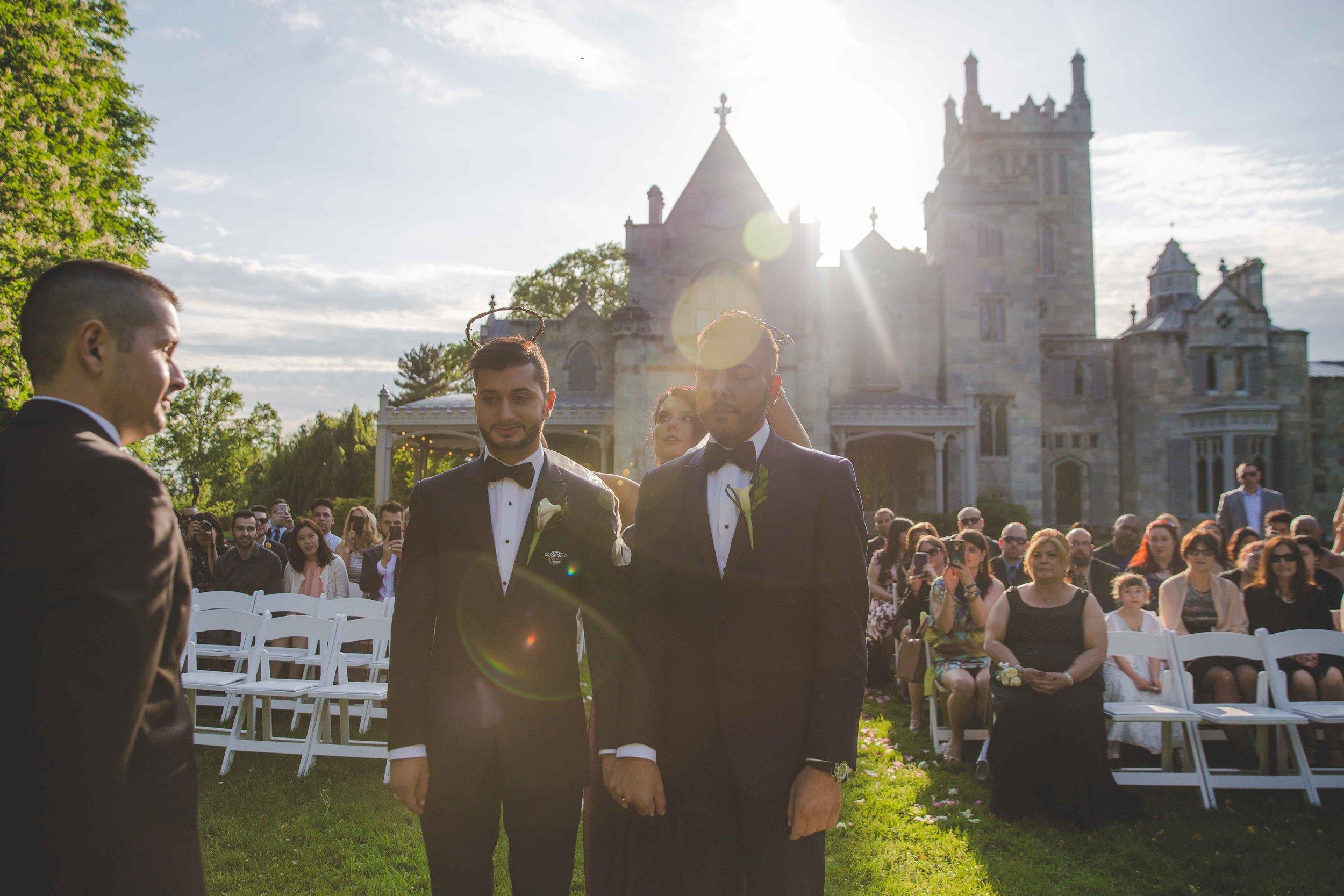 lyndhurst-mansion-amazing-gay-wedding-36.jpg
