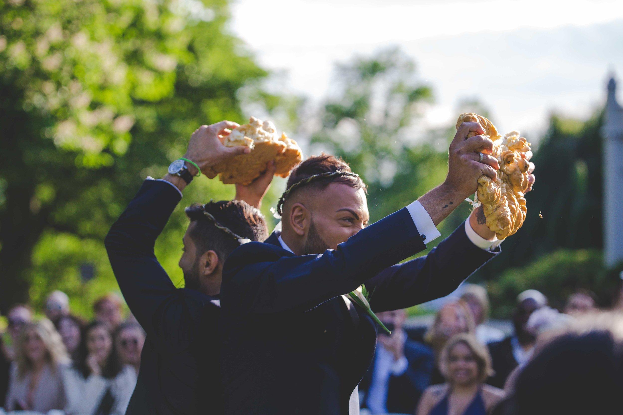 lyndhurst-mansion-amazing-gay-wedding-41.jpg
