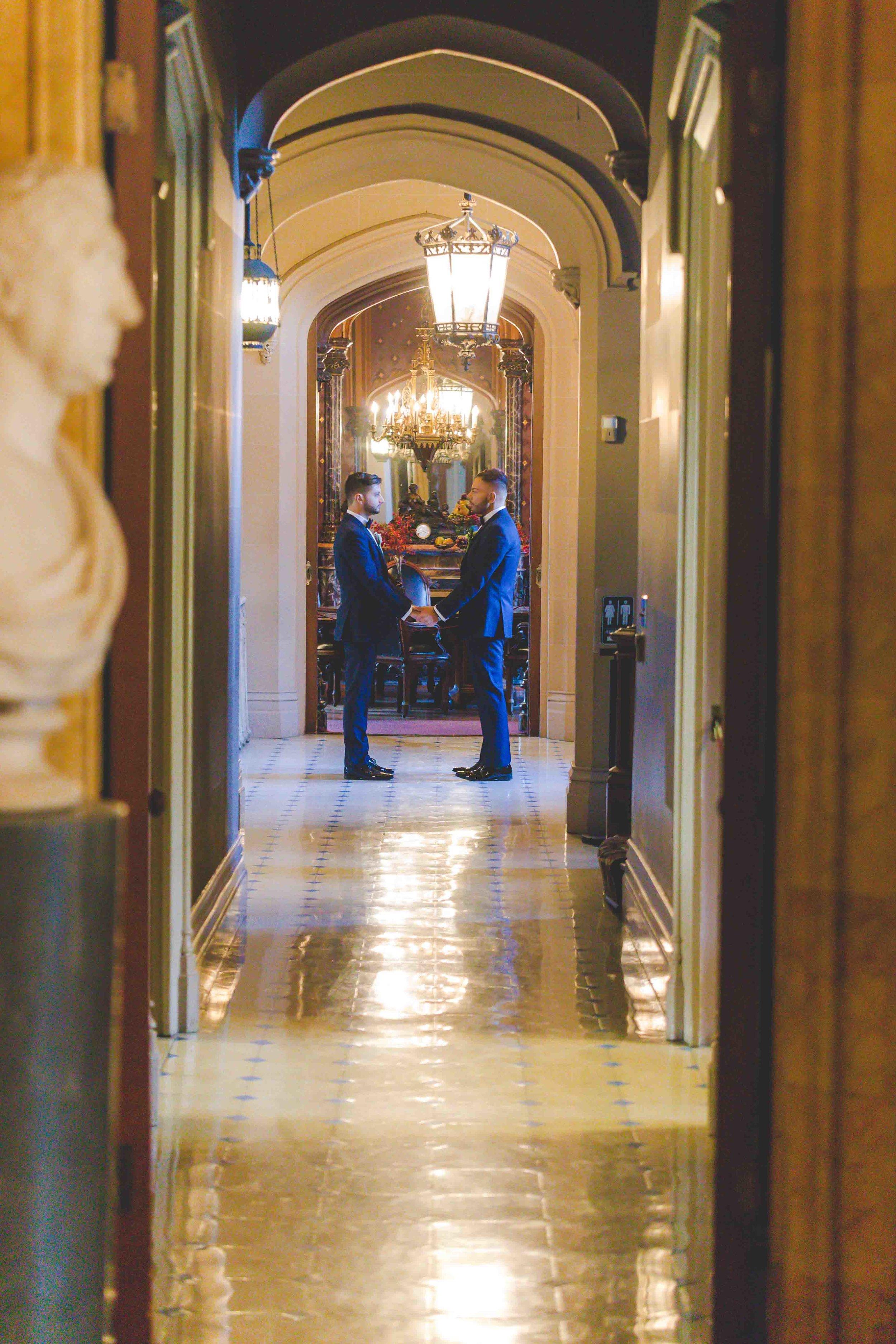 lyndhurst-mansion-amazing-gay-wedding-48.jpg