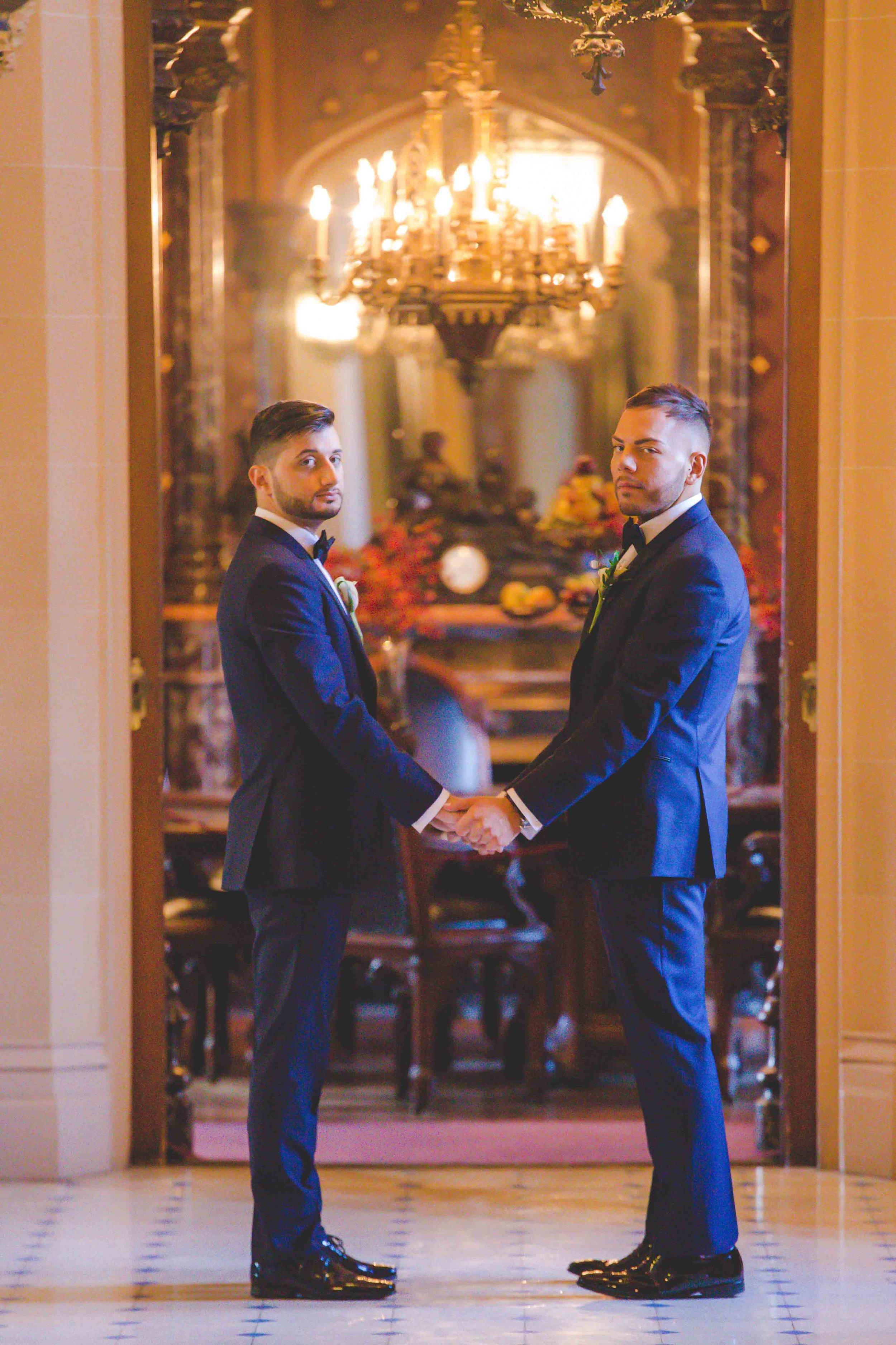 lyndhurst-mansion-amazing-gay-wedding-49.jpg