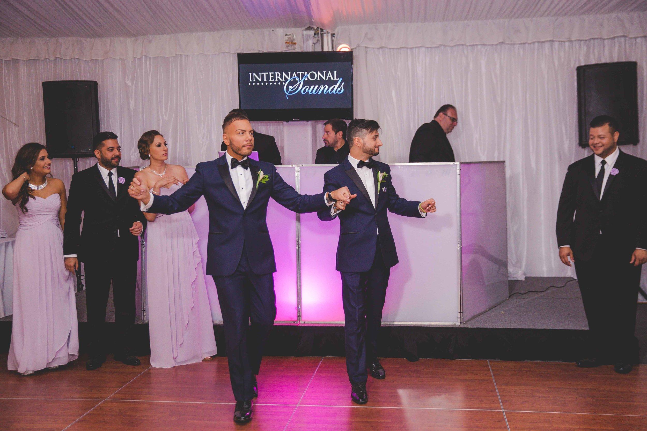 lyndhurst-mansion-amazing-gay-wedding-58.jpg