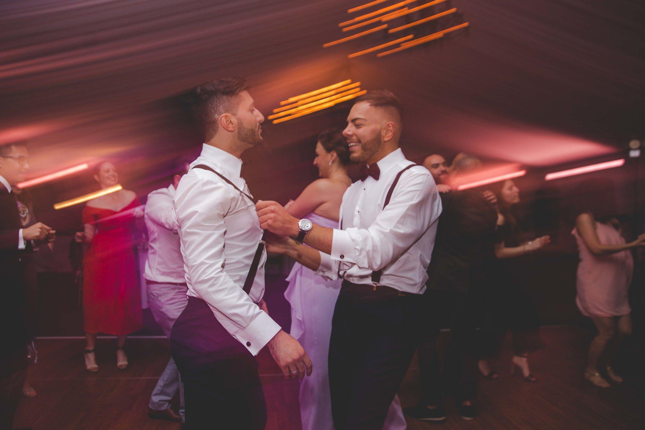lyndhurst-mansion-amazing-gay-wedding-70.jpg
