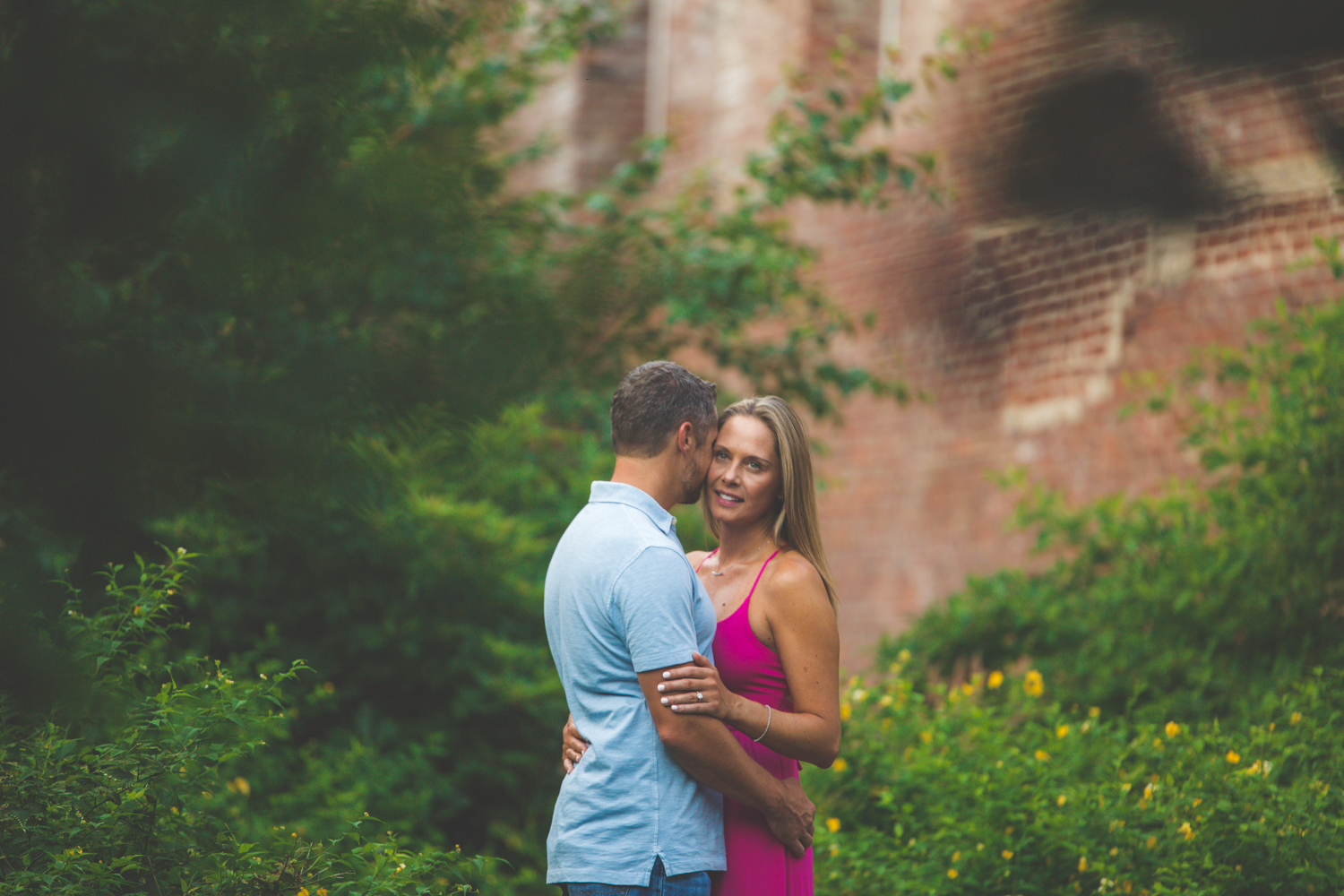 amazing-sunrise-engagement-photography-brooklyn-bridge-dumbo-20.jpg