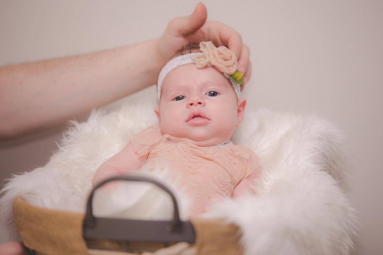 Brooklyn-newborn-family-photographer-outdoor-3.jpg