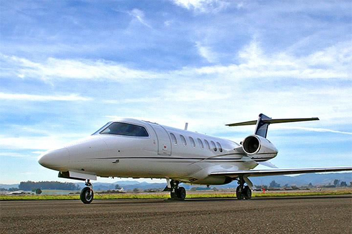 Learjet 40 / XR