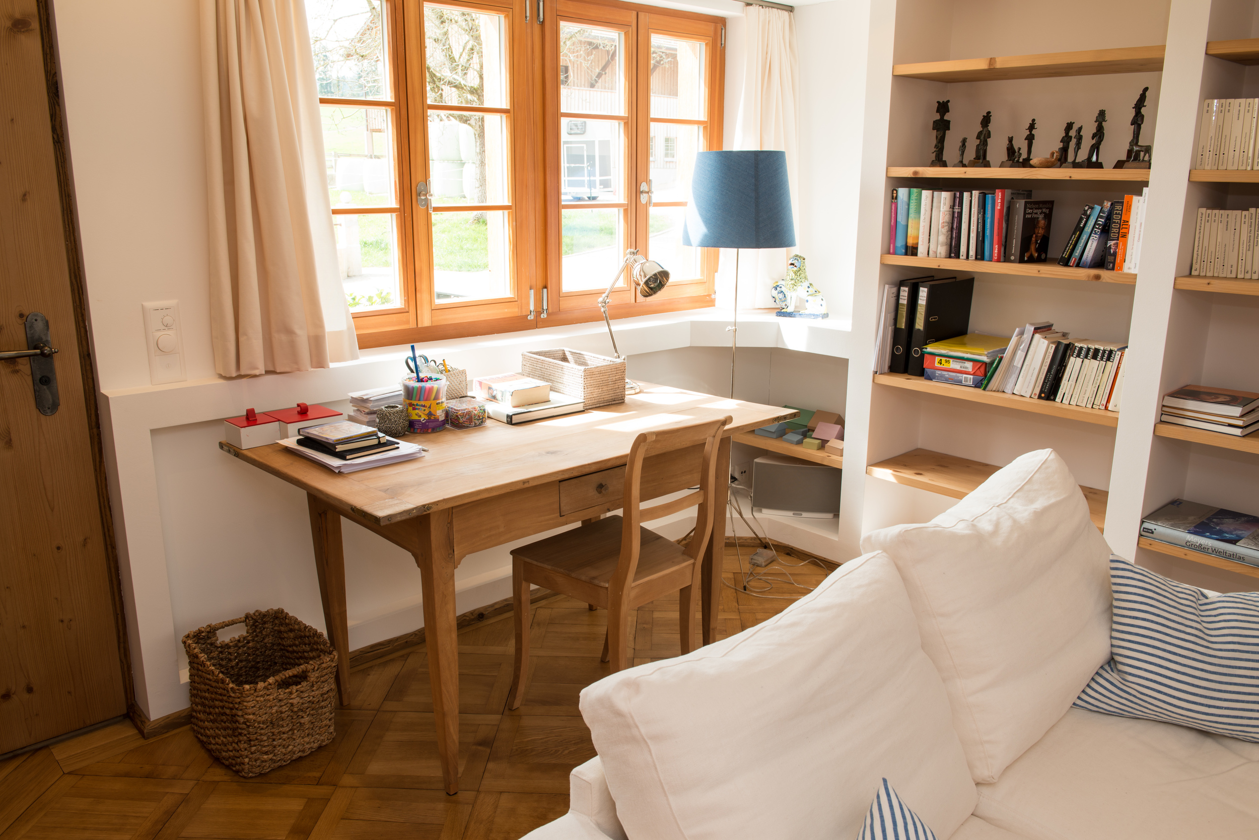 Tisch & Stuhl