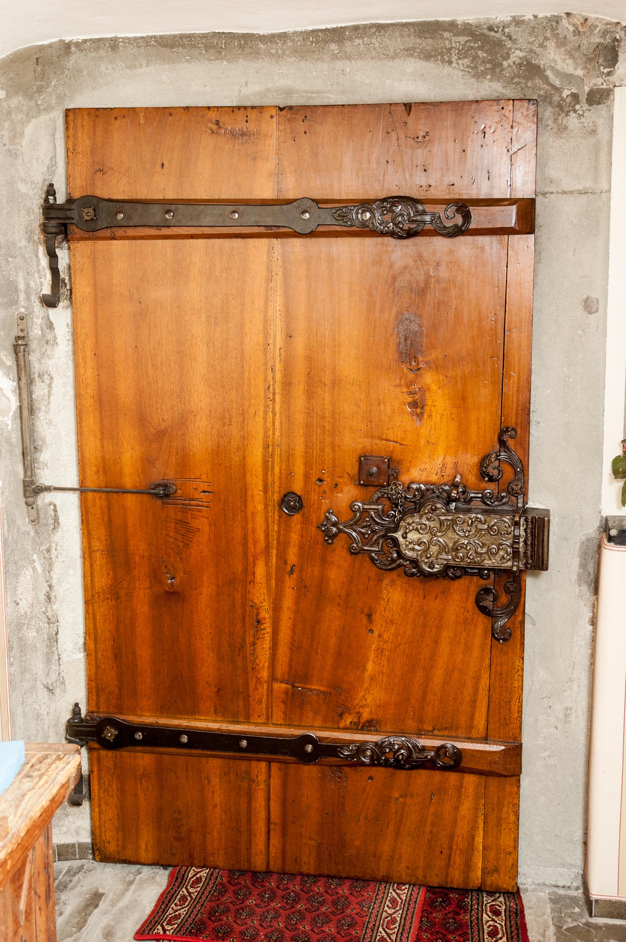 Eingangstüre dat. 1630