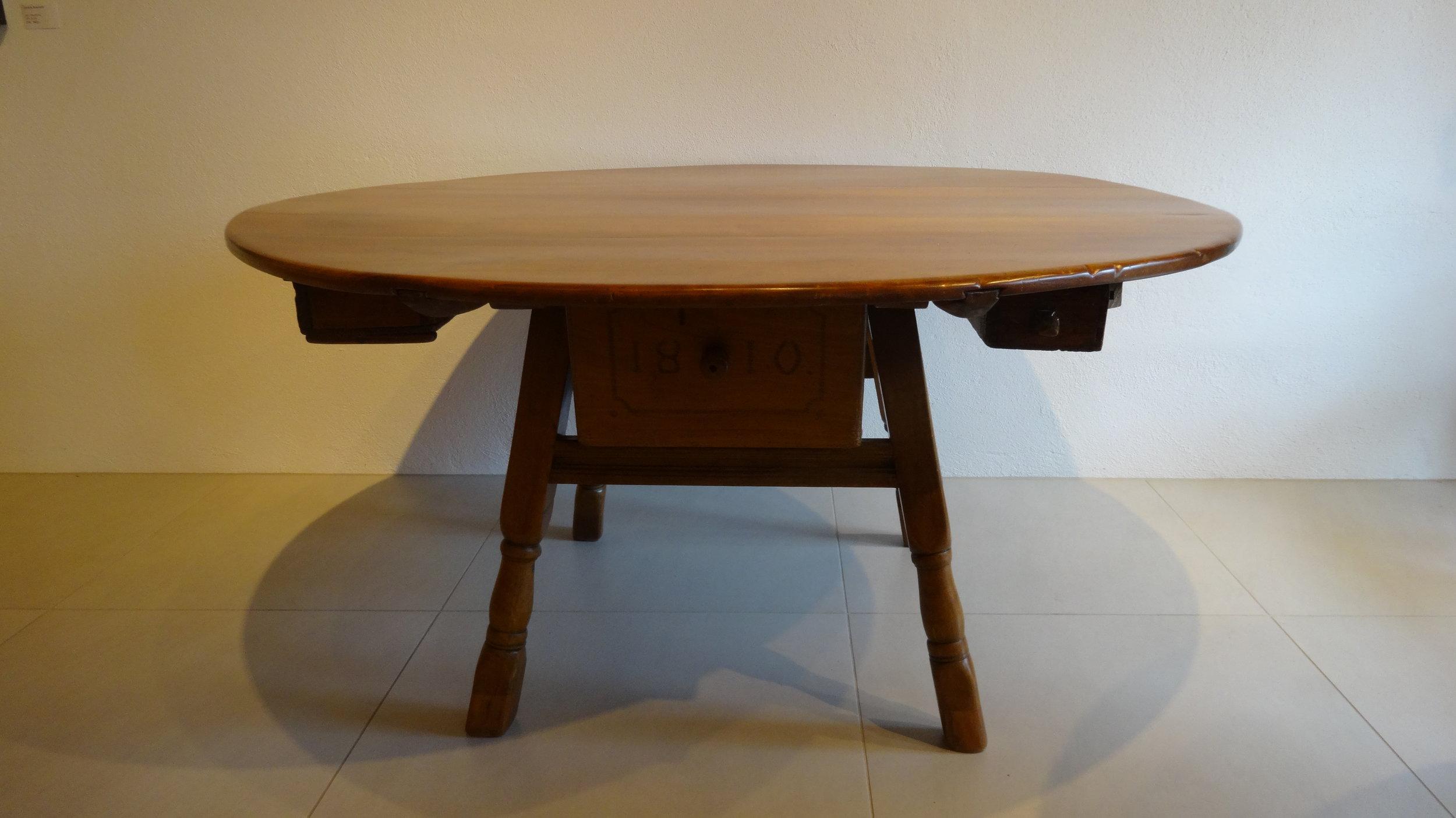 Innerschweizer Tisch
