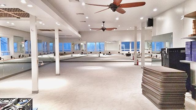 Bridgehampton @exhalespa renovation completed. If you are in the hamptons this is a must go to Barre class!