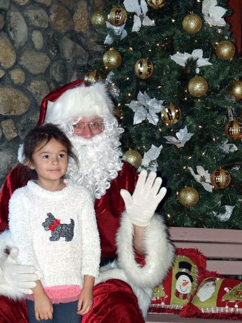 santa - girl 2.jpg