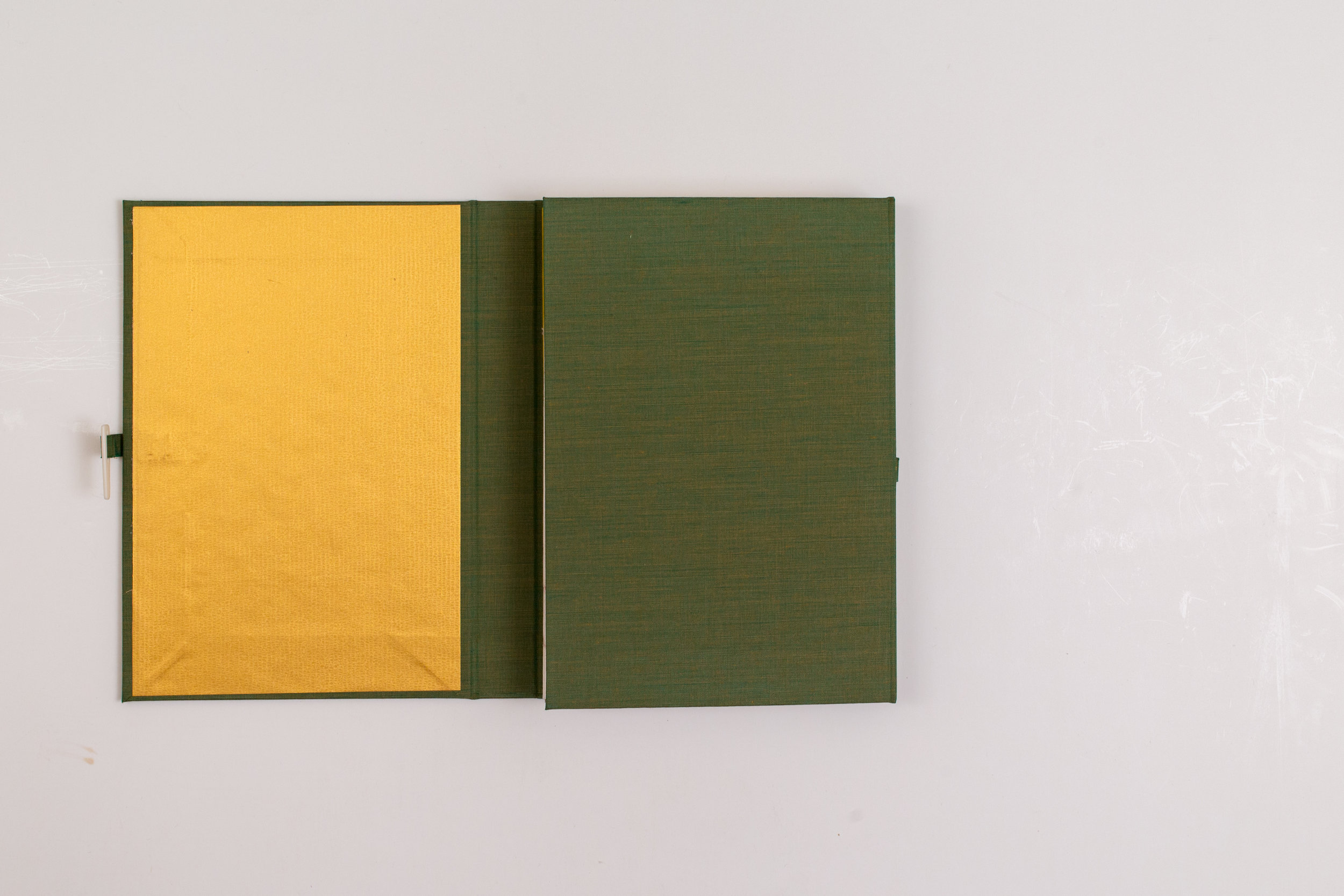 Japanese Handmade book003.jpg