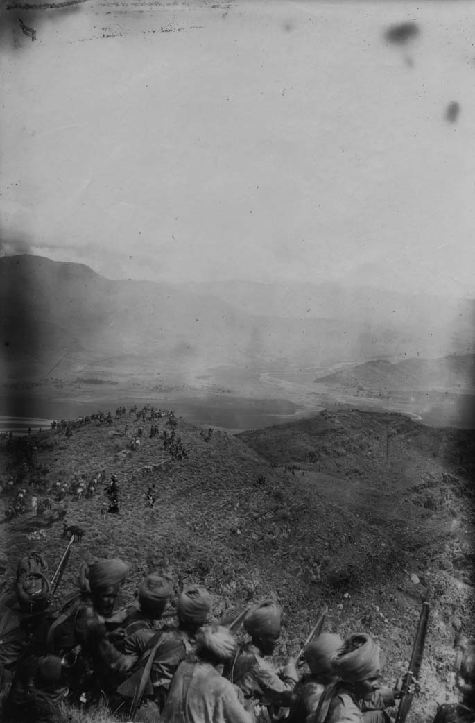 24.-Native-troops-in-position-at-Malakand-Fort.jpg