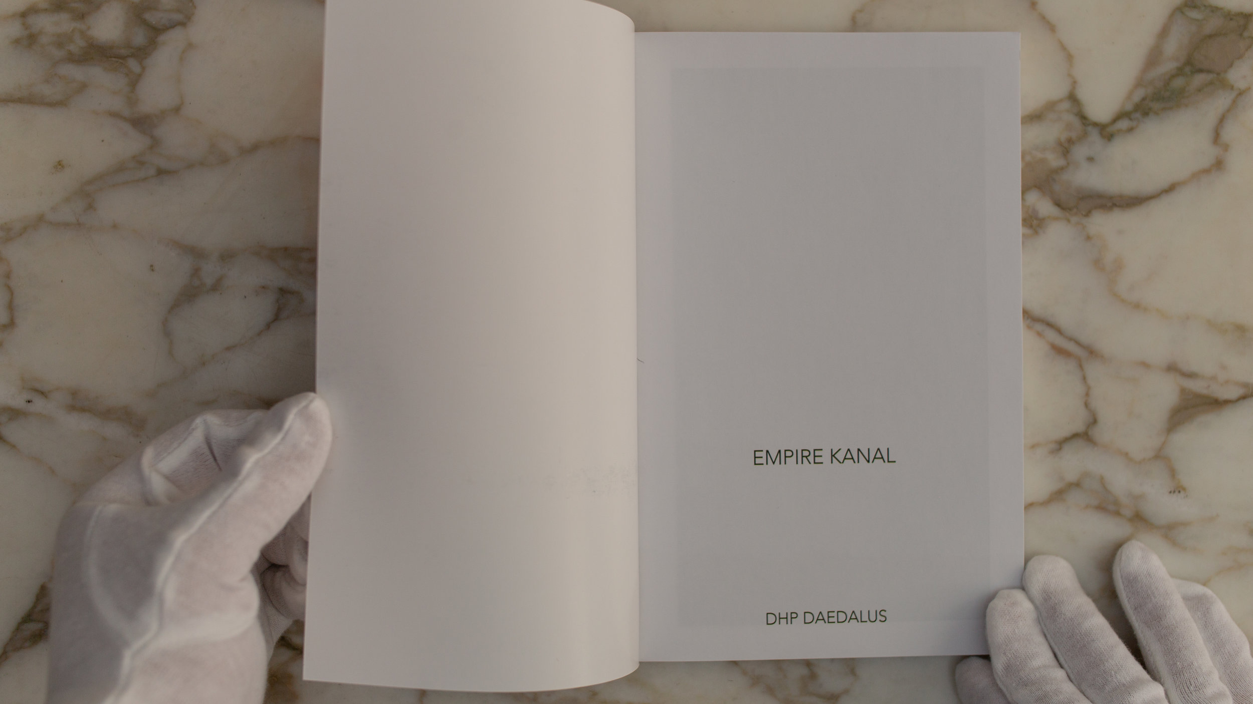Empire Kanal book 12.jpg