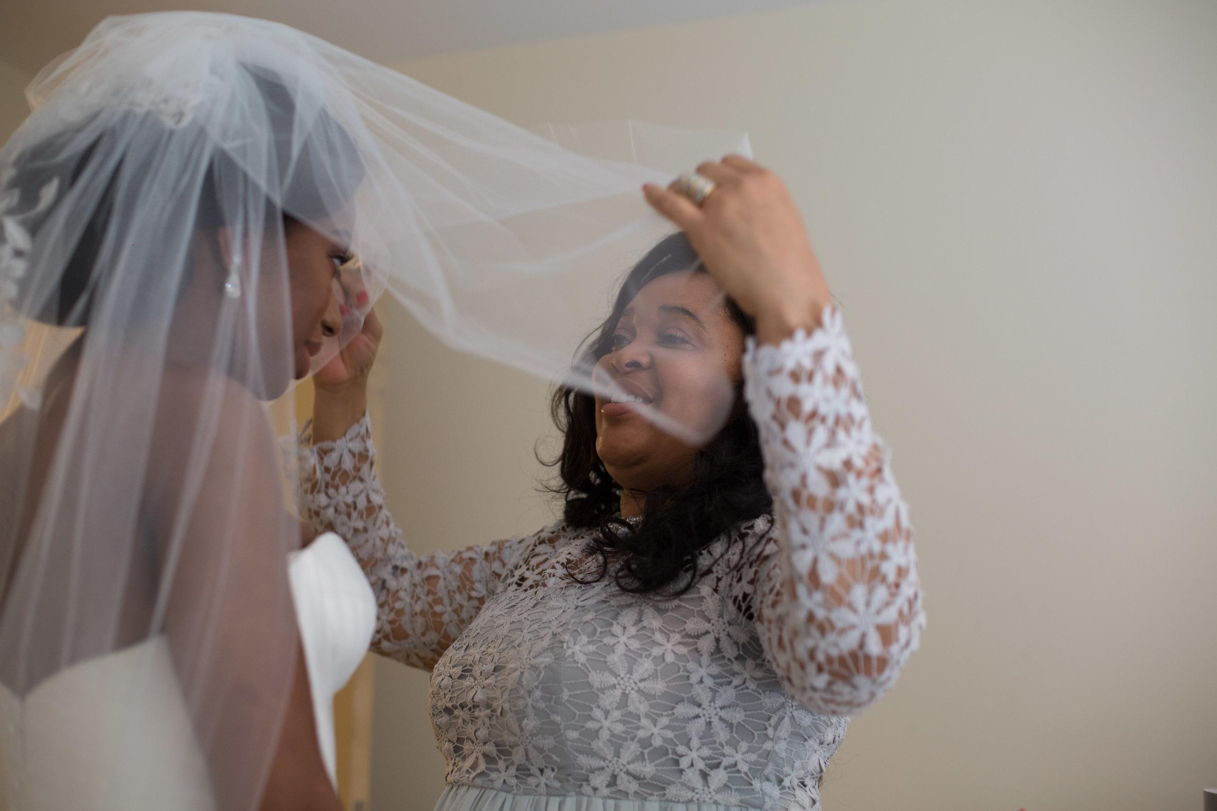 Nyam-Ola-London-wedding-photography-7.jpg