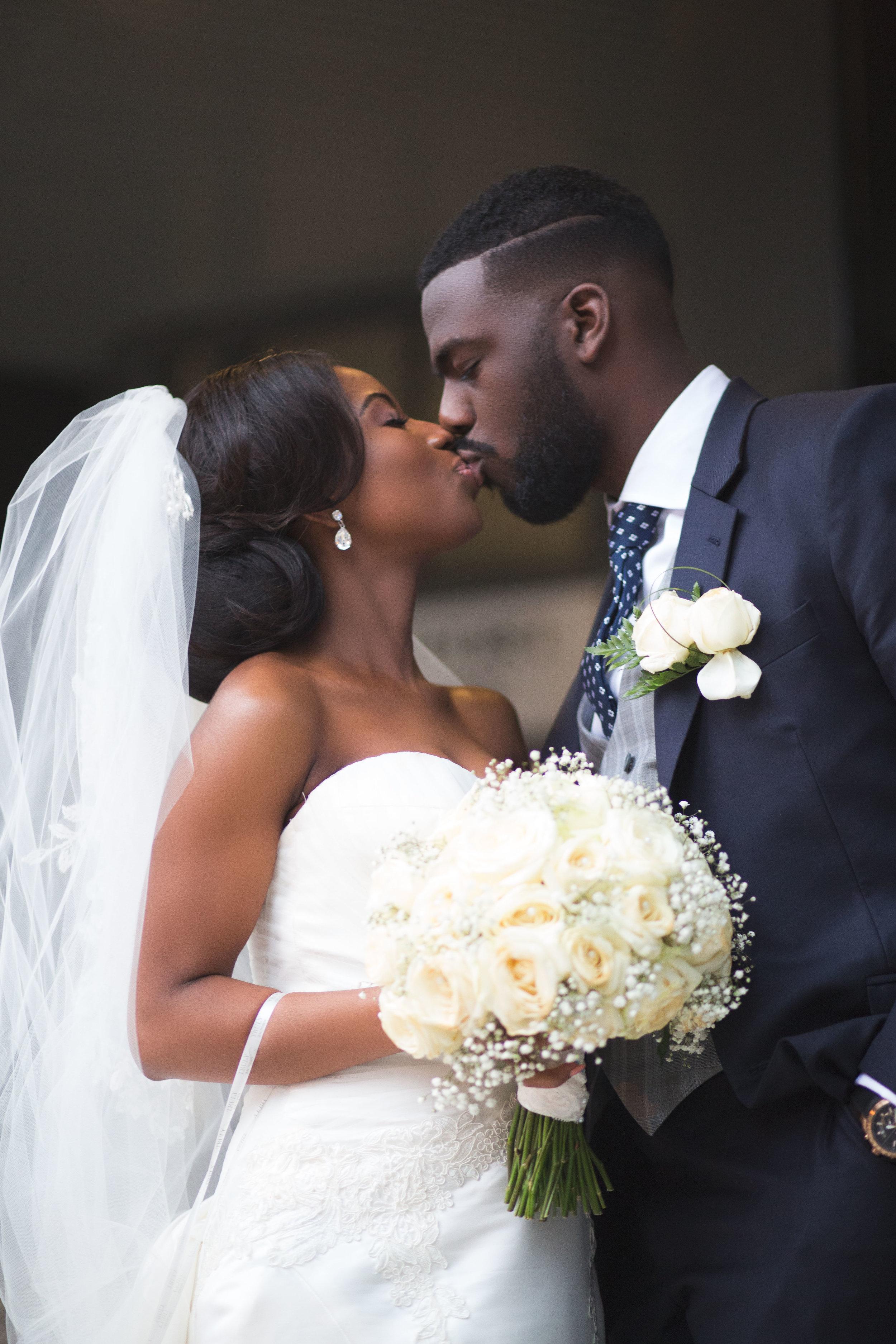 Nyam-Ola-London-wedding-photography-15.jpg