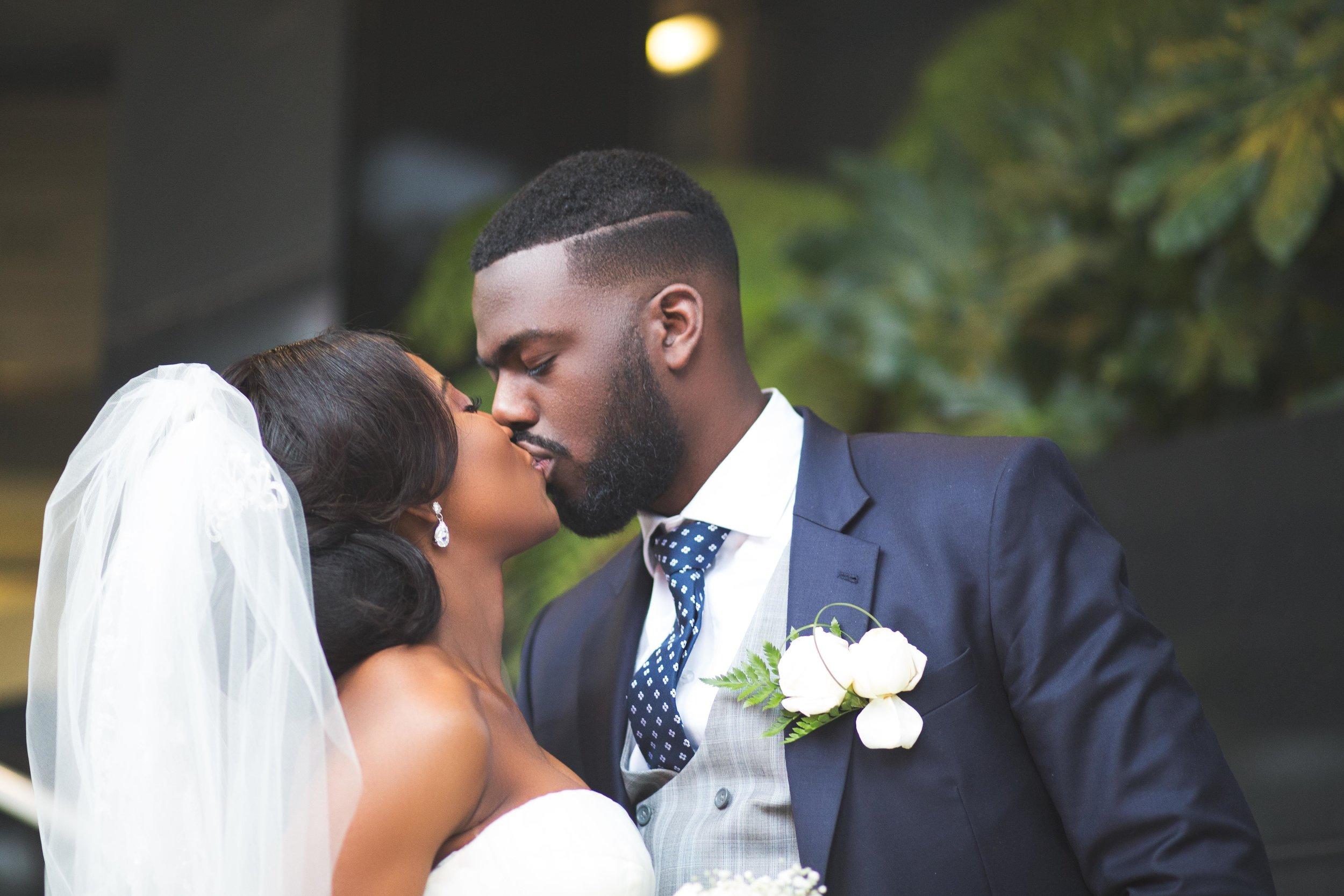 Nyam-Ola-London-wedding-photography-16.jpg