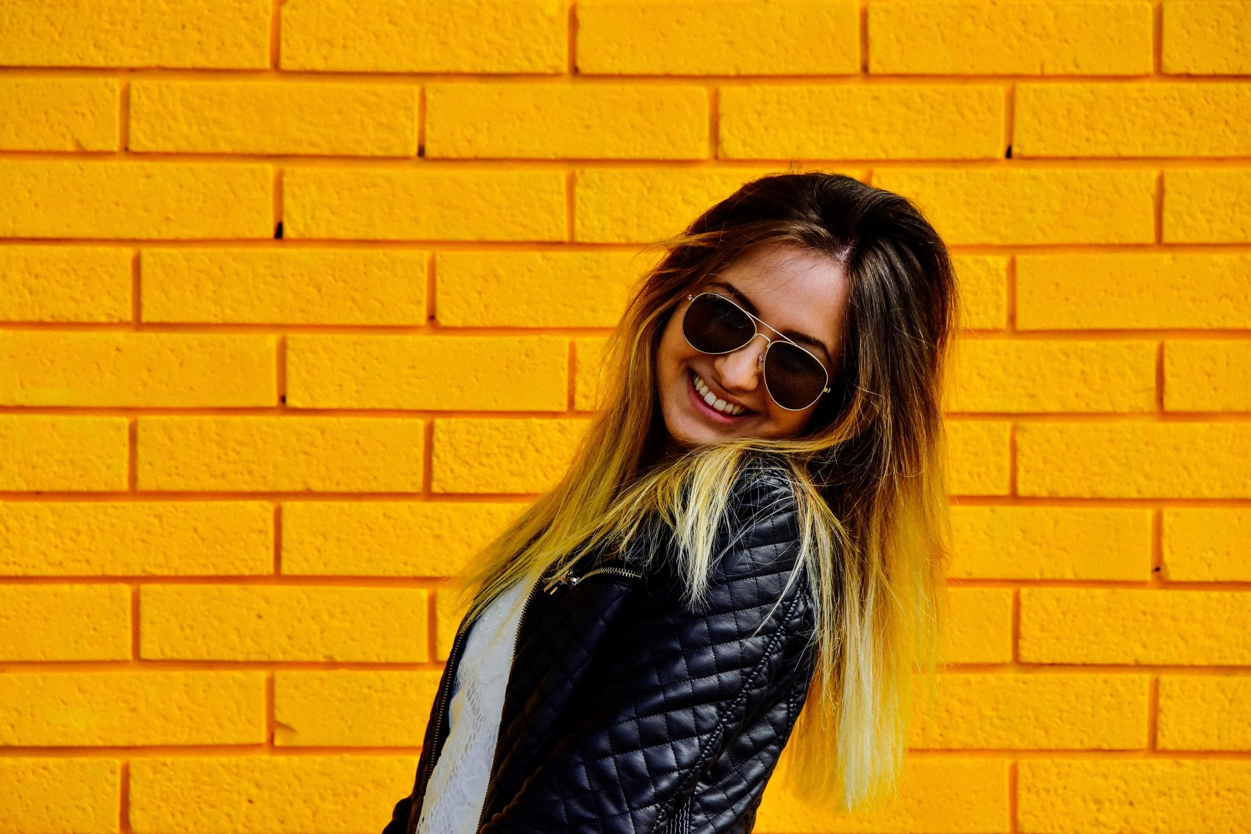 yellow girls-2 (Custom).jpg