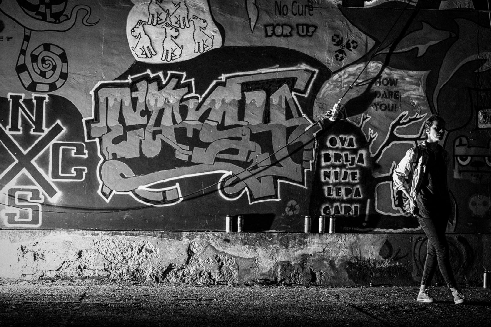 night-graffiti_18671961283_o (Large).jpg