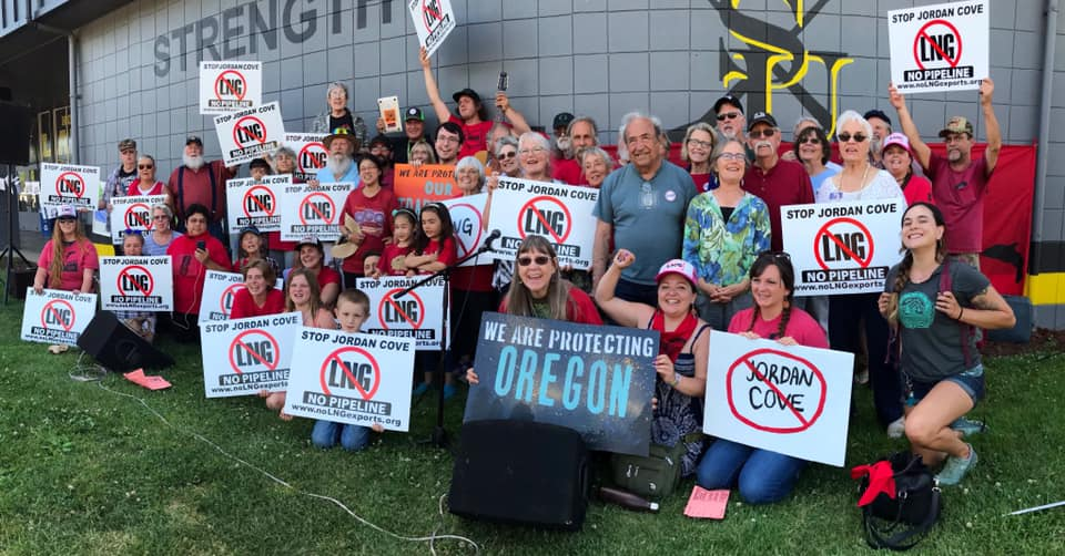 Rally outside the FERC hearing for Jordan Cove LNG and the gas pipeline at Myrtle Creek High School, June 2019