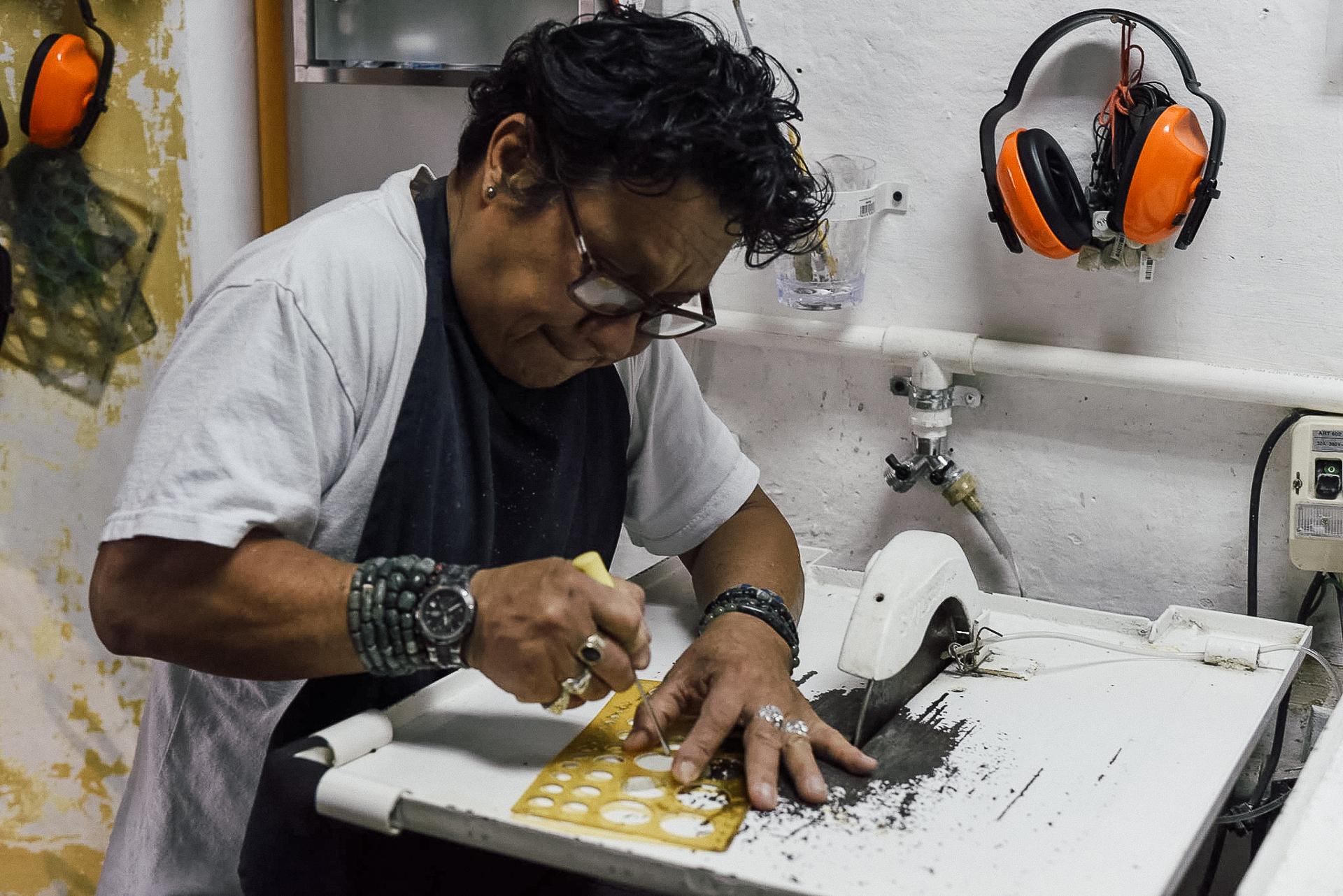 Xibalba Joyas en Antigua Guatemala. Create your own jewelery.
