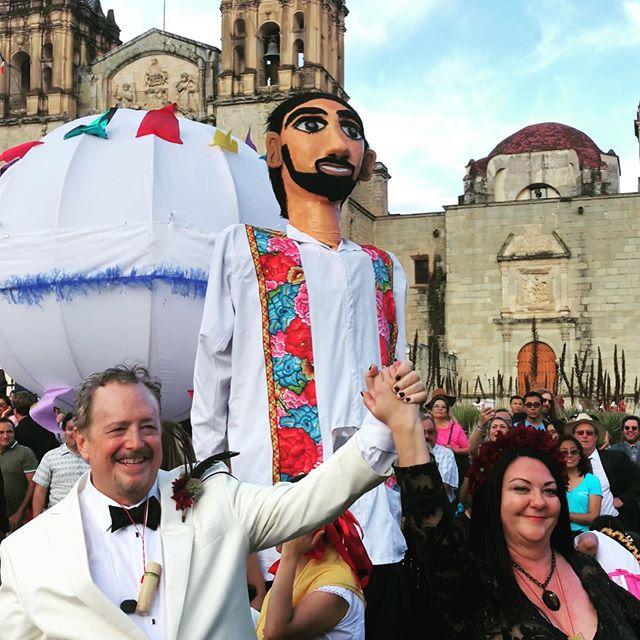 Gracias Oaxaca!!! Love is all and all is Love!!! #bevmofurever @beverlyalkire love you so!!!! #love #oaxaca #believe 💜🖤🦋🖤💜