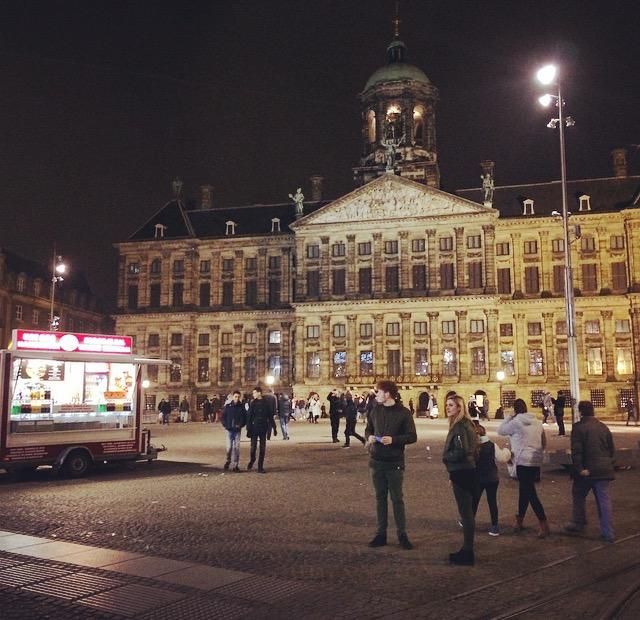 Amsterdam de noche. Foto: Andreina Seijas