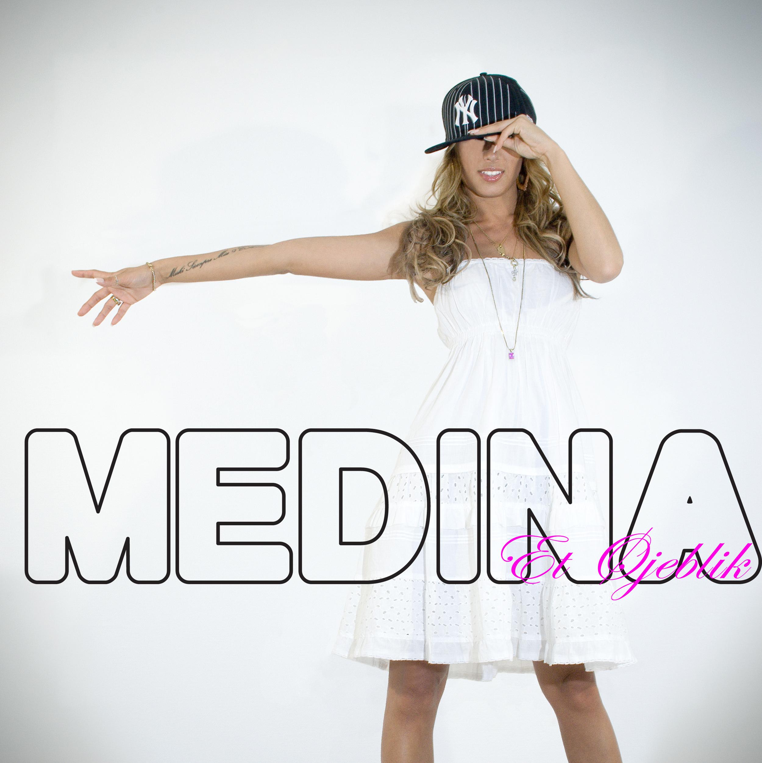 Medina_076_Singlefront.jpg