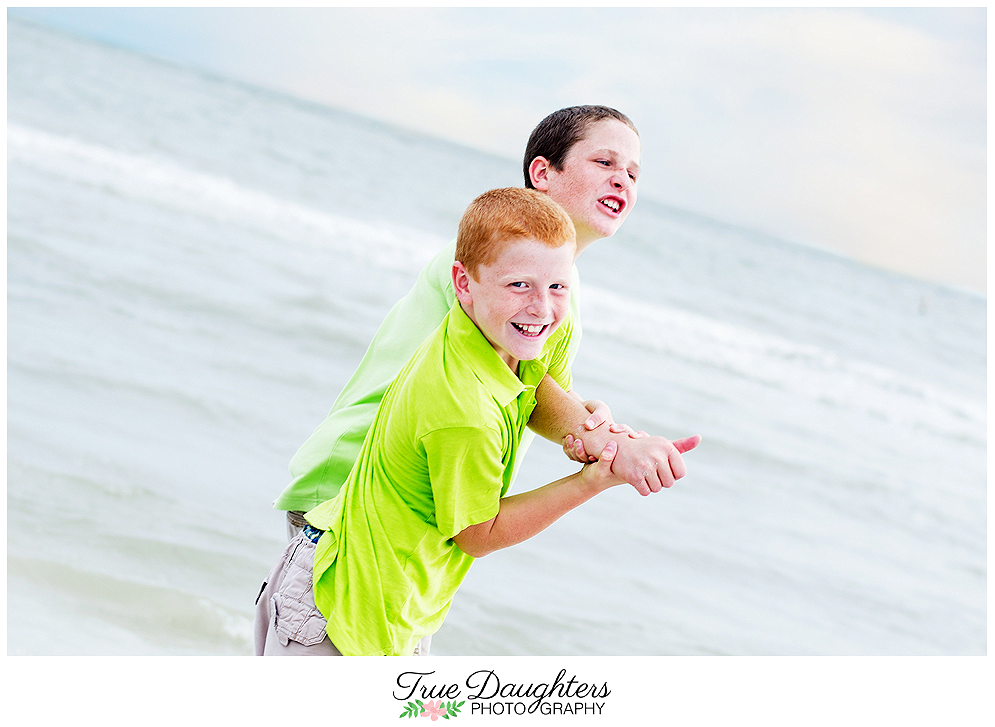 True_Daughters_Photography_Wise_Family_Reunion-0100.png