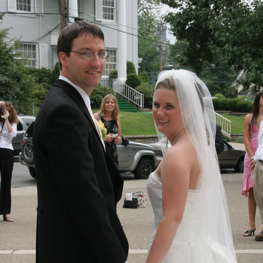 2005-08-05 Sarah & Ian Thurston.jpg