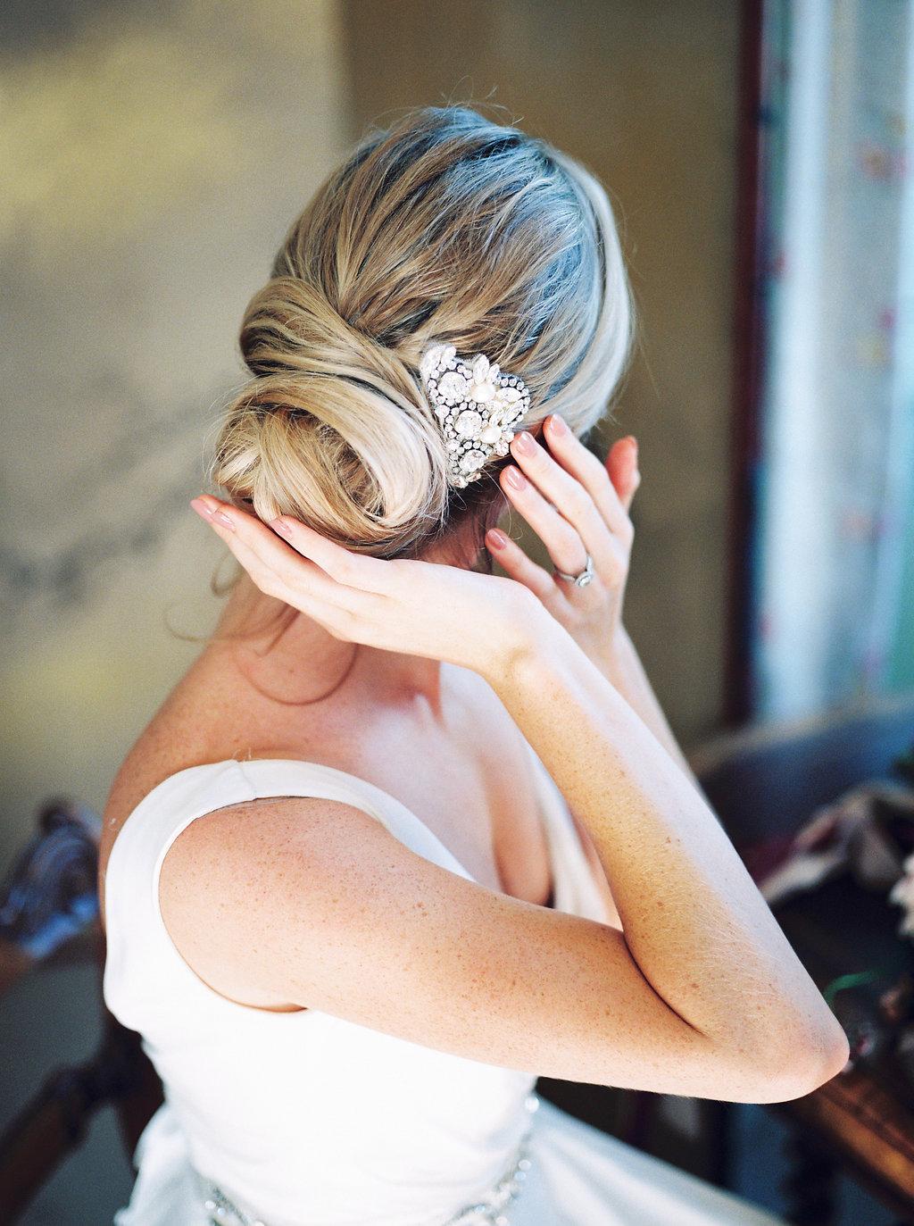 Flamenco hair comb
