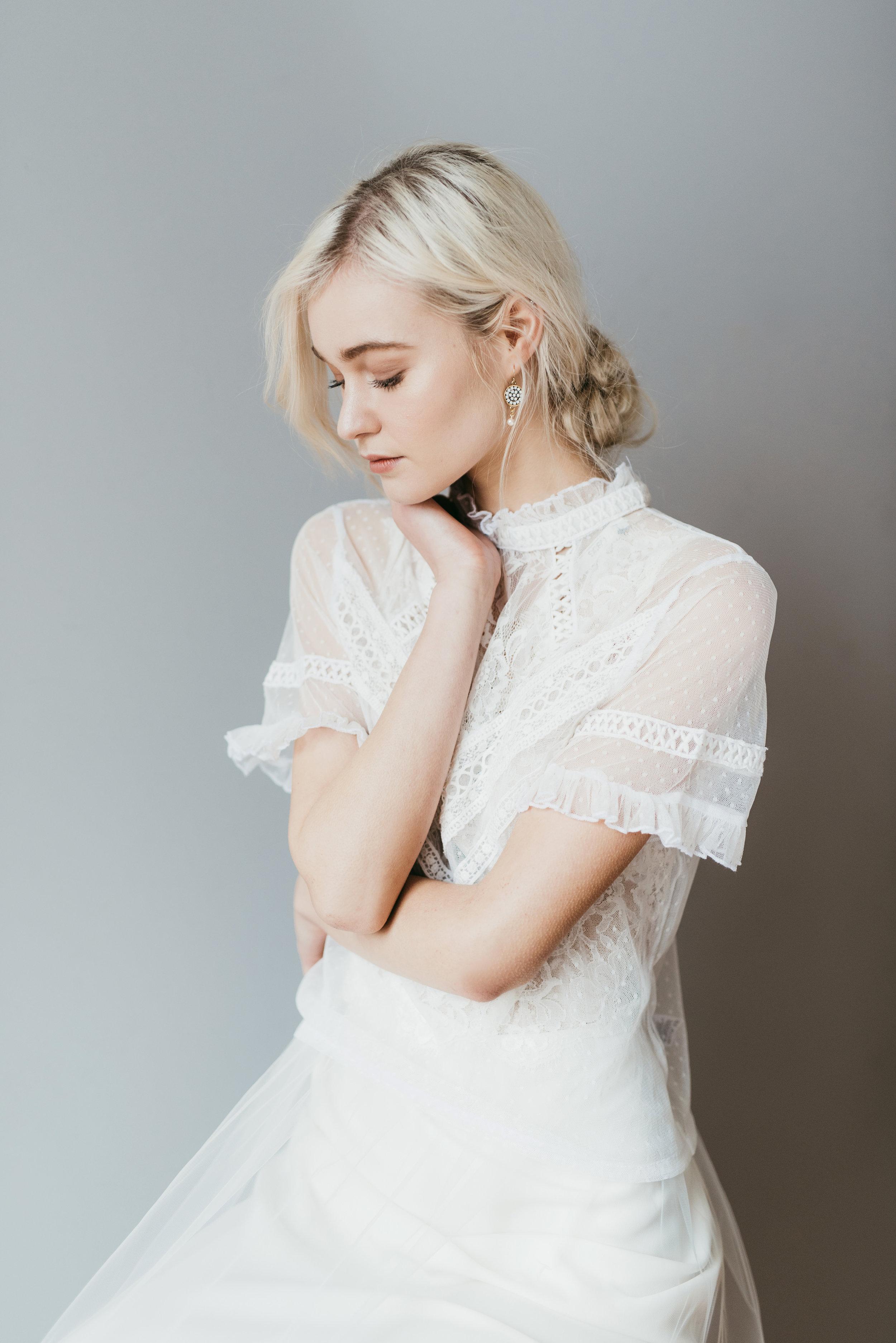 lovers knot earrings by emma pilkington. dress frock&soul (6).jpg