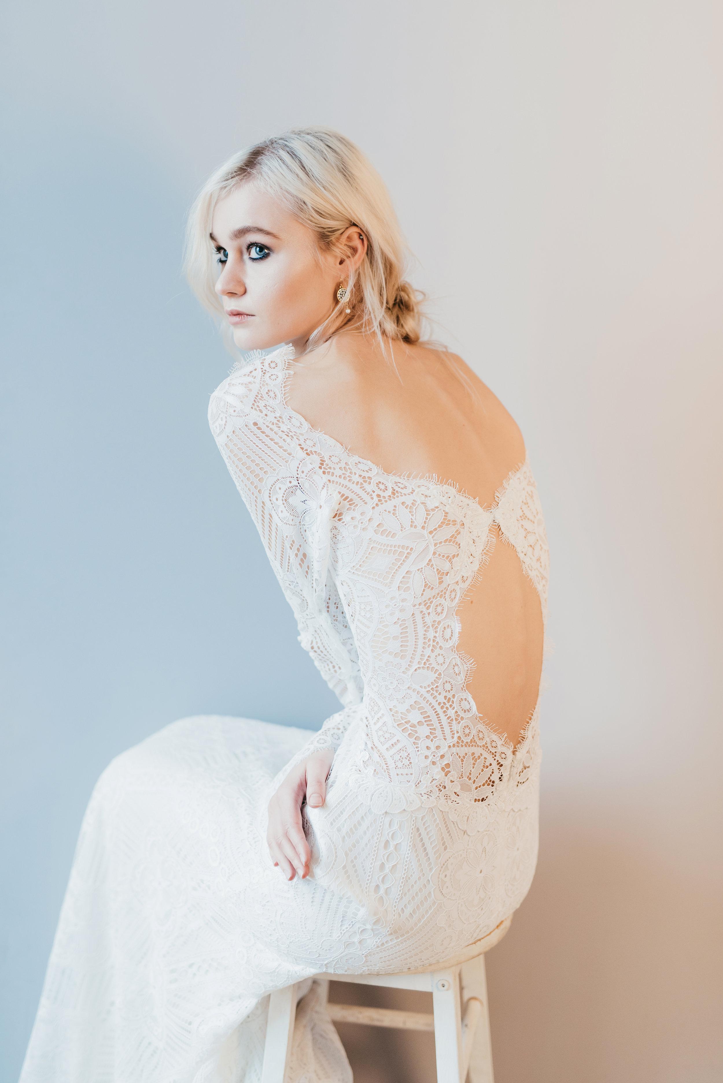 lovers knot earrings by emma pilkington. dress frock&soul (10).jpg
