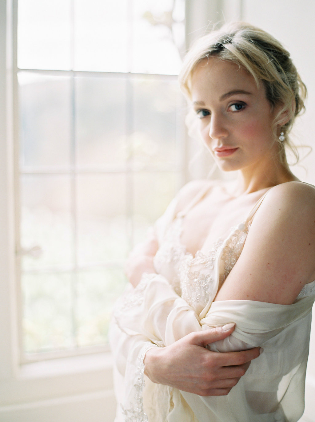 Bridal makeup and hair plus accessories by victoria fergusson at Hotel Endsleigh (61).jpg