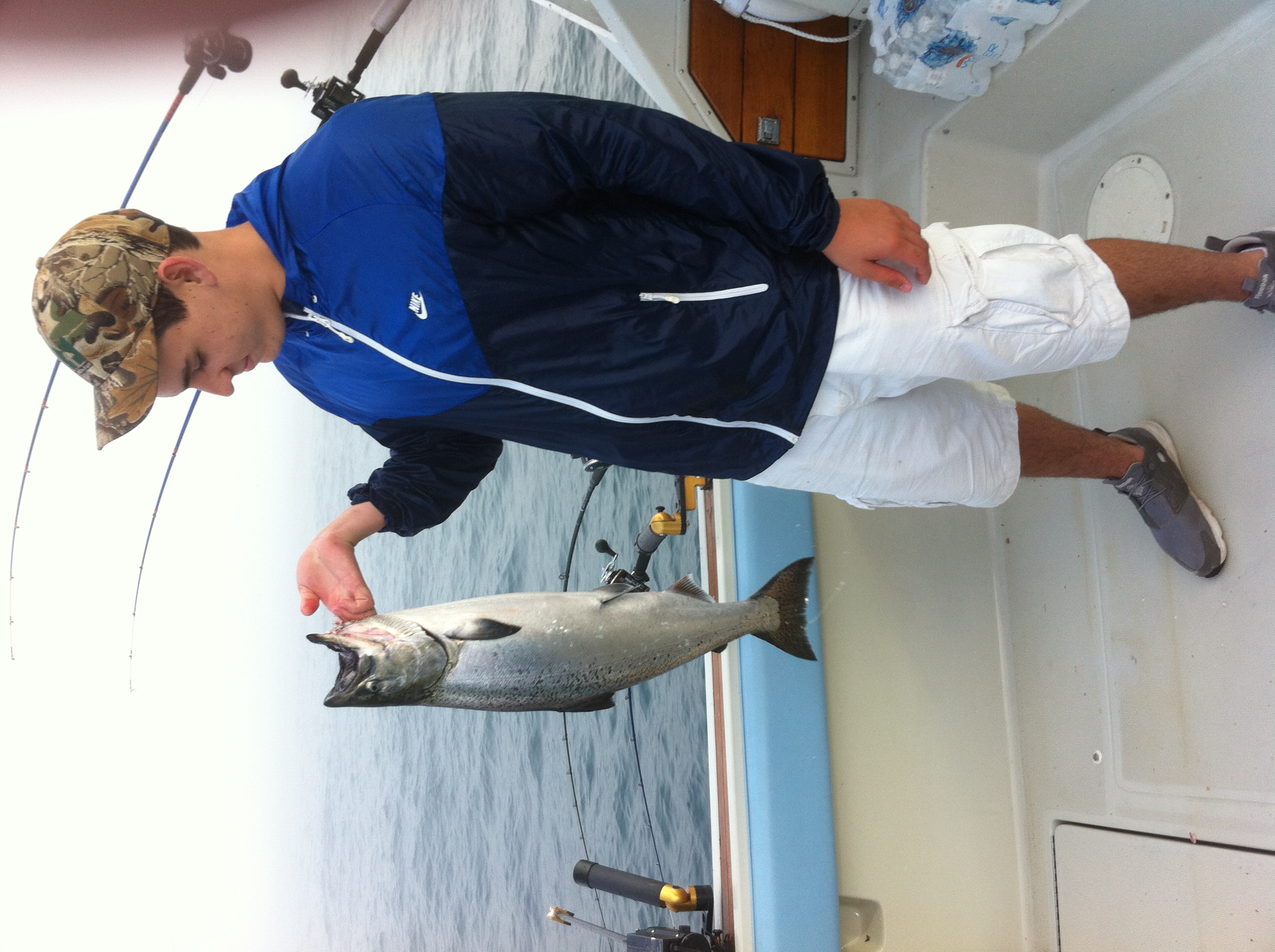 UnrulyCharterFishing_LakeMichiganSalmonFishing.17.jpg