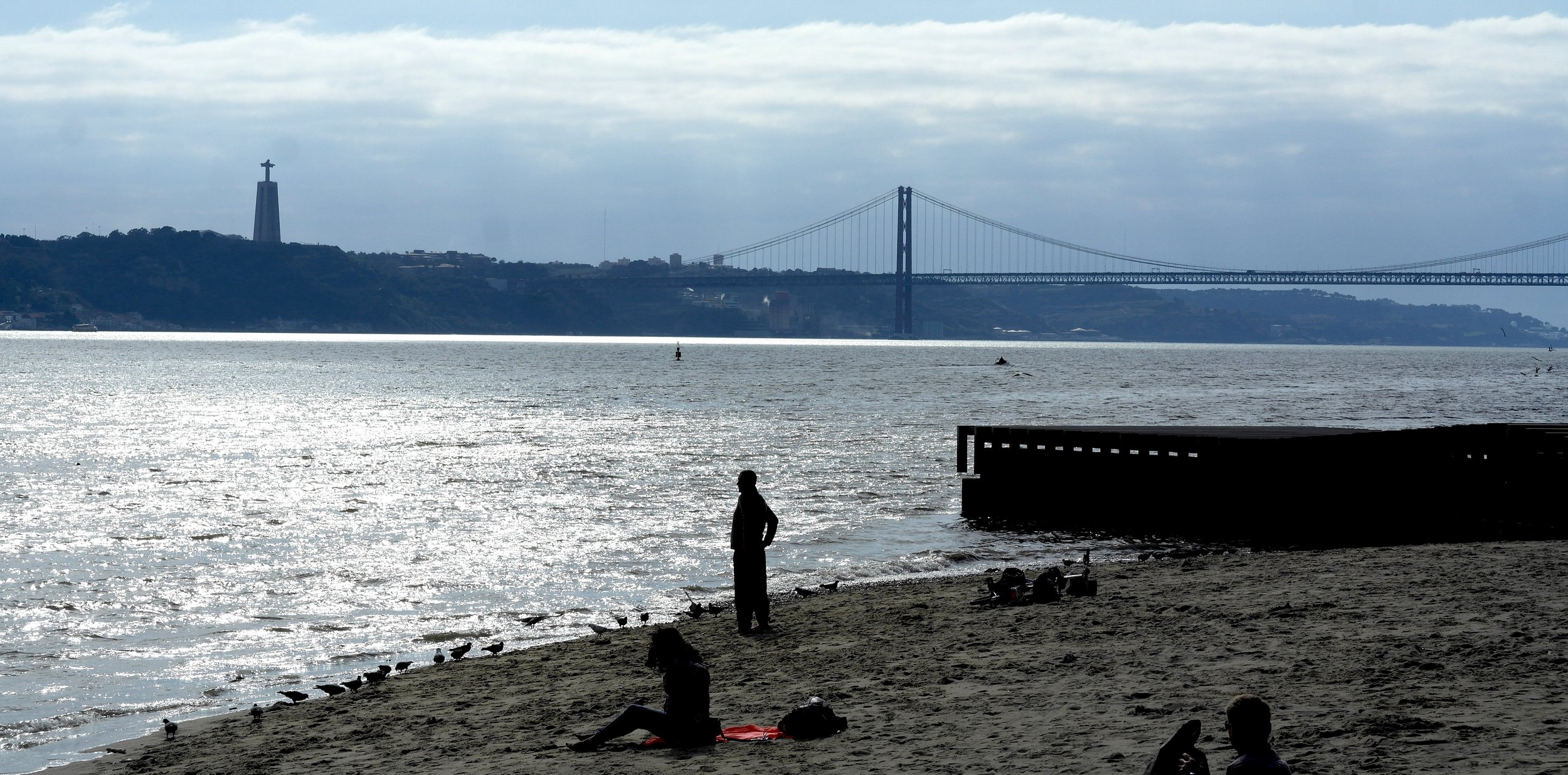 Urban beach on the Rio Tejo, Lisbon