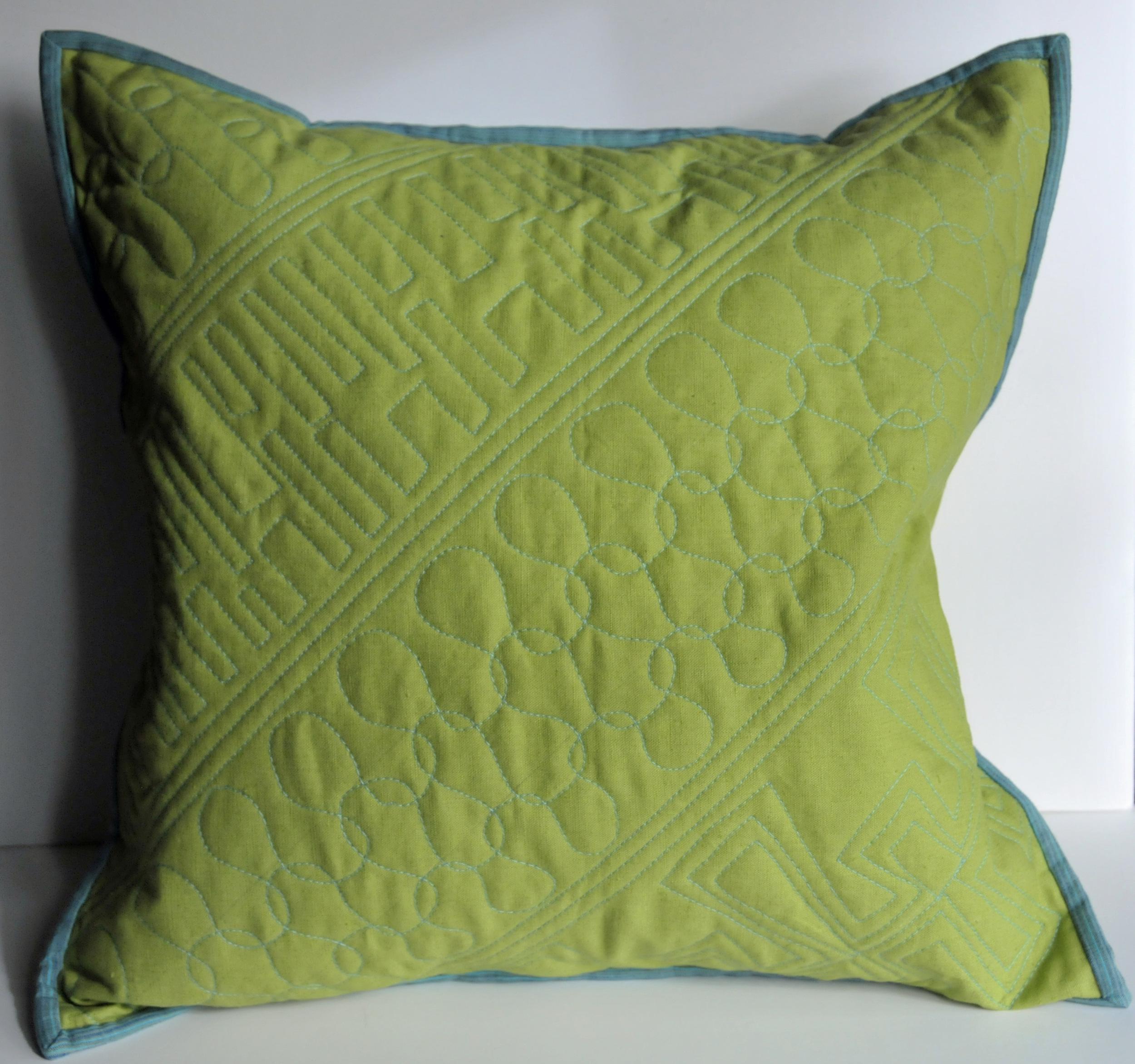 Green Linen Pillow (1)
